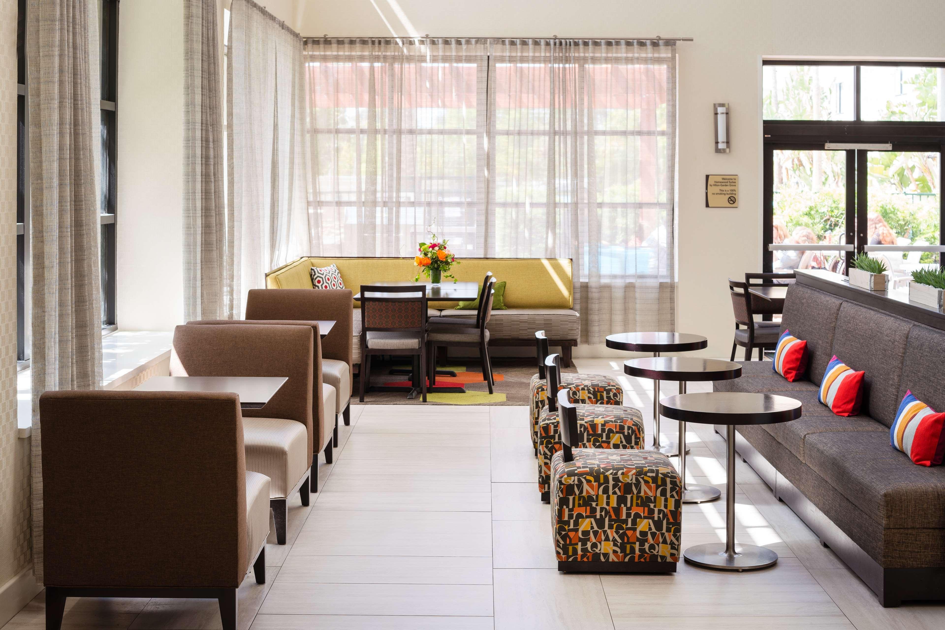 Homewood Suites by Hilton Anaheim-Main Gate Area image 9