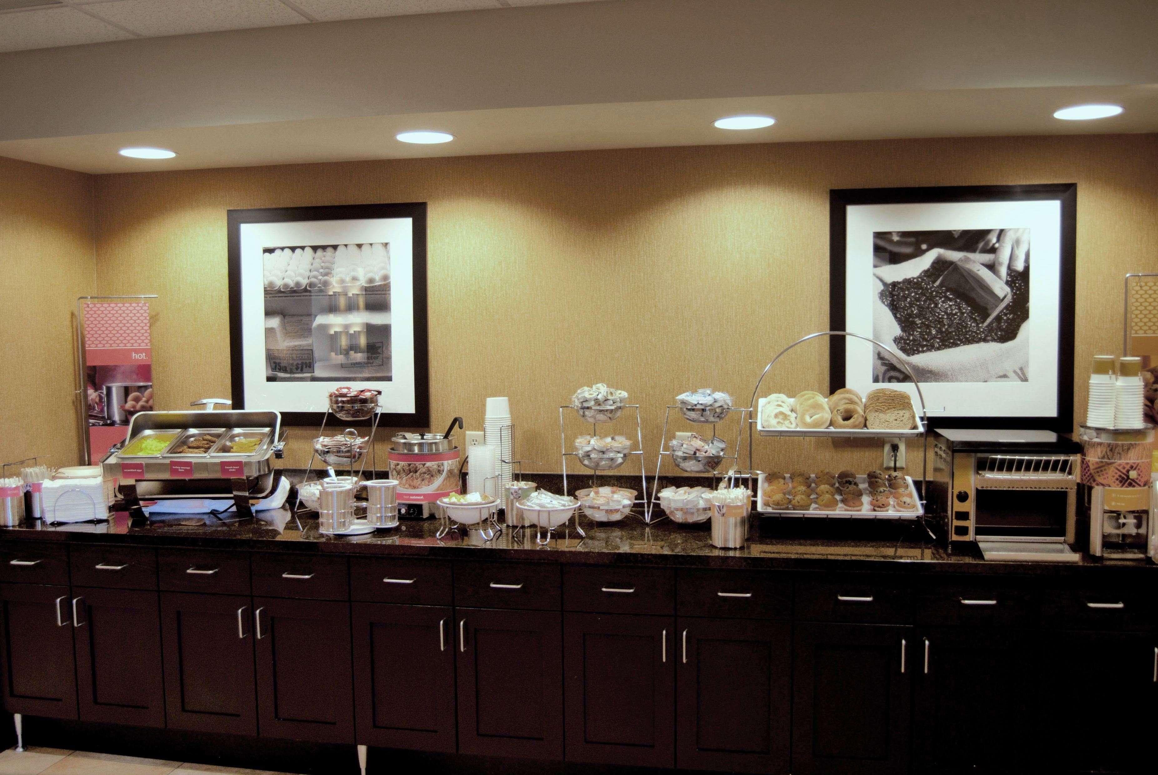 Hampton Inn & Suites Spokane Valley image 11
