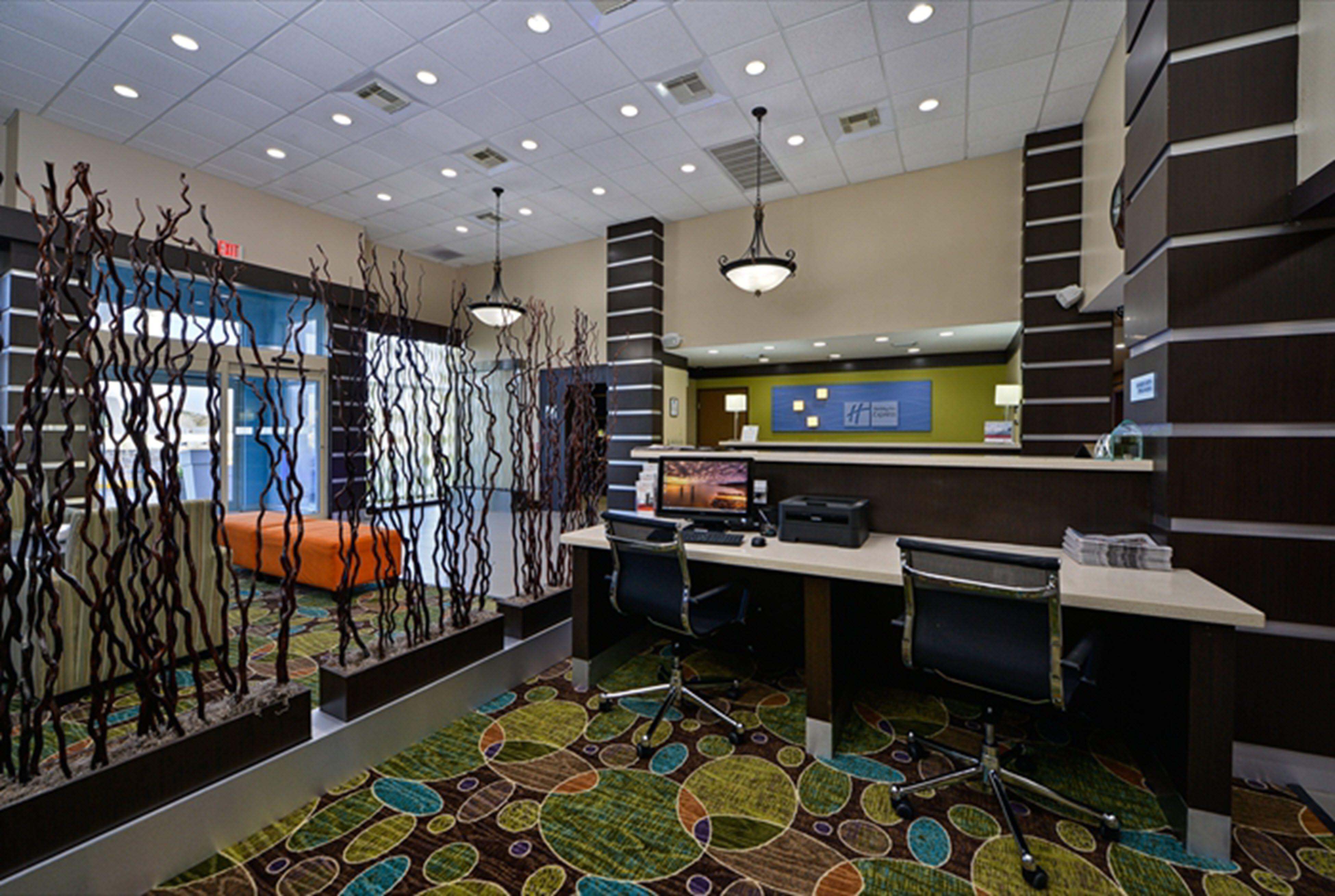 Holiday Inn Express & Suites Kingwood - Medical Center Area image 4