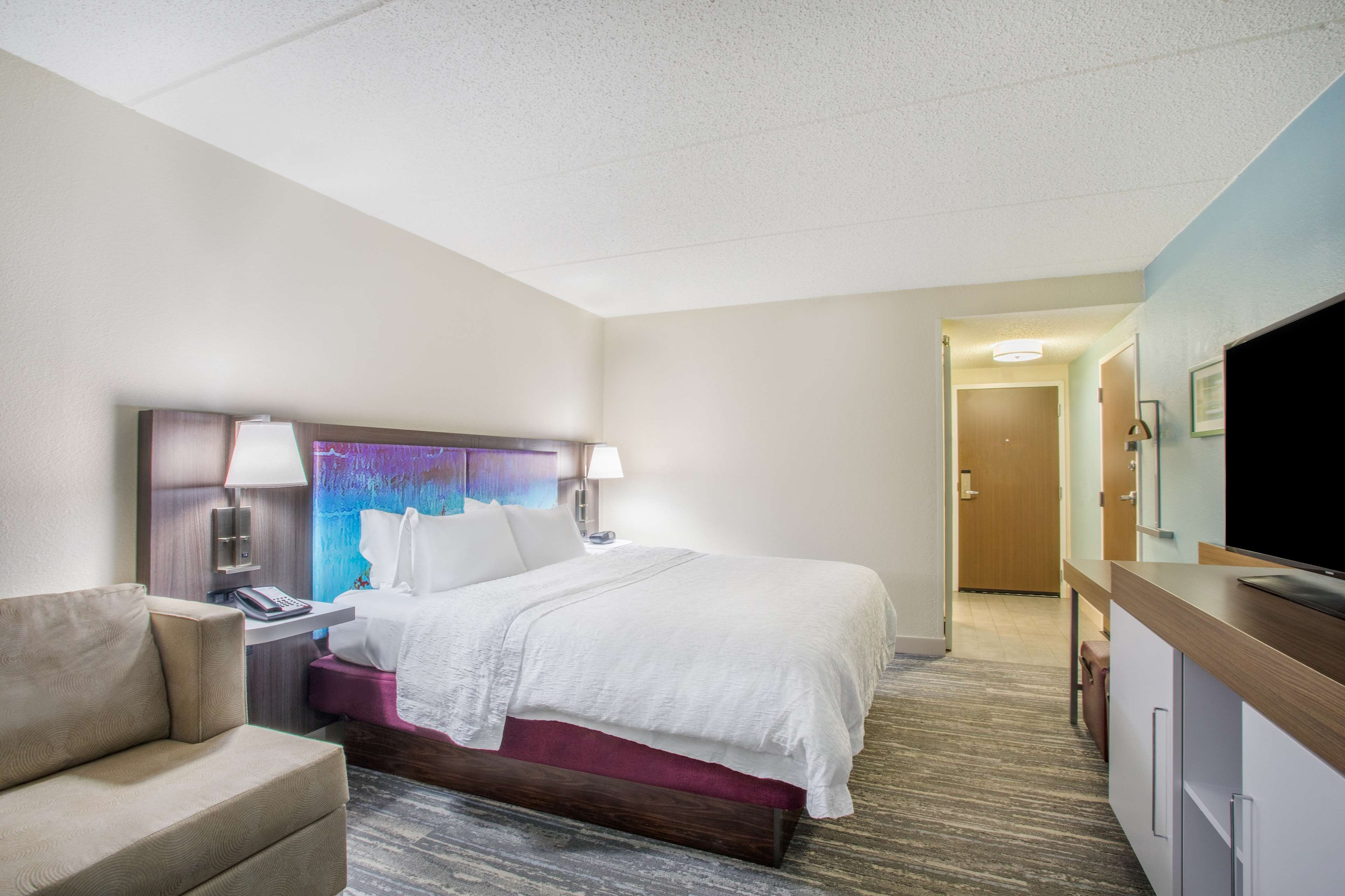 Hampton Inn Fishkill image 30
