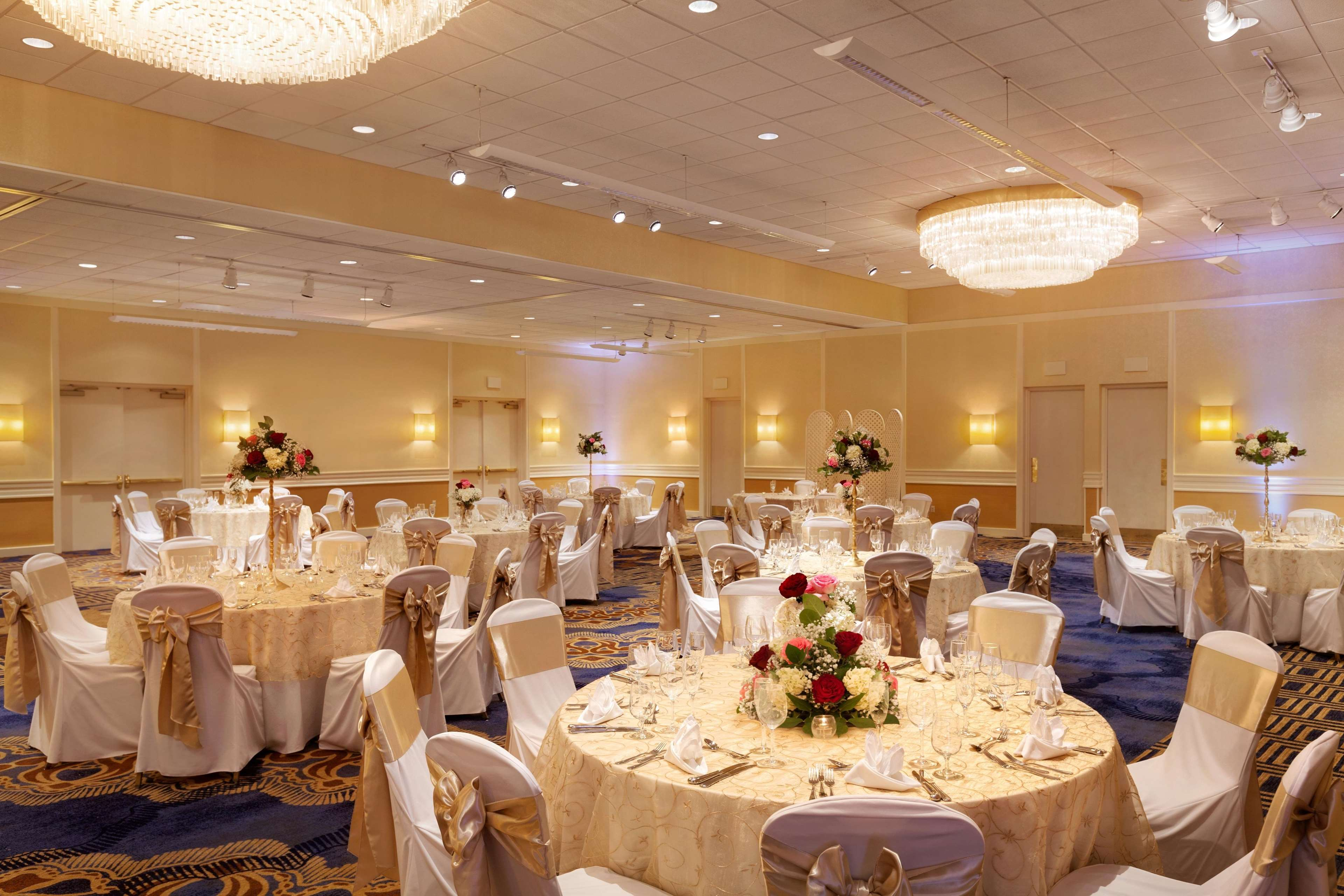 DoubleTree by Hilton Boston - Andover image 13