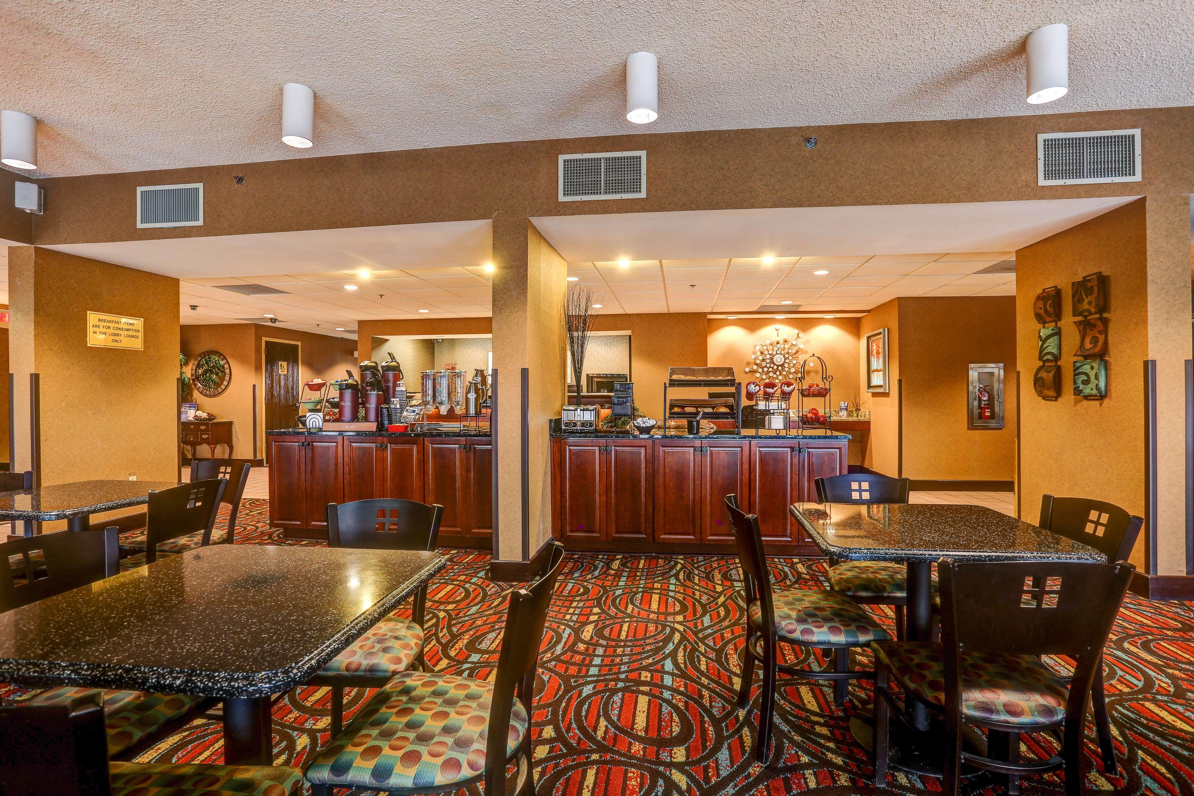 Best Western Tunica Resort image 14