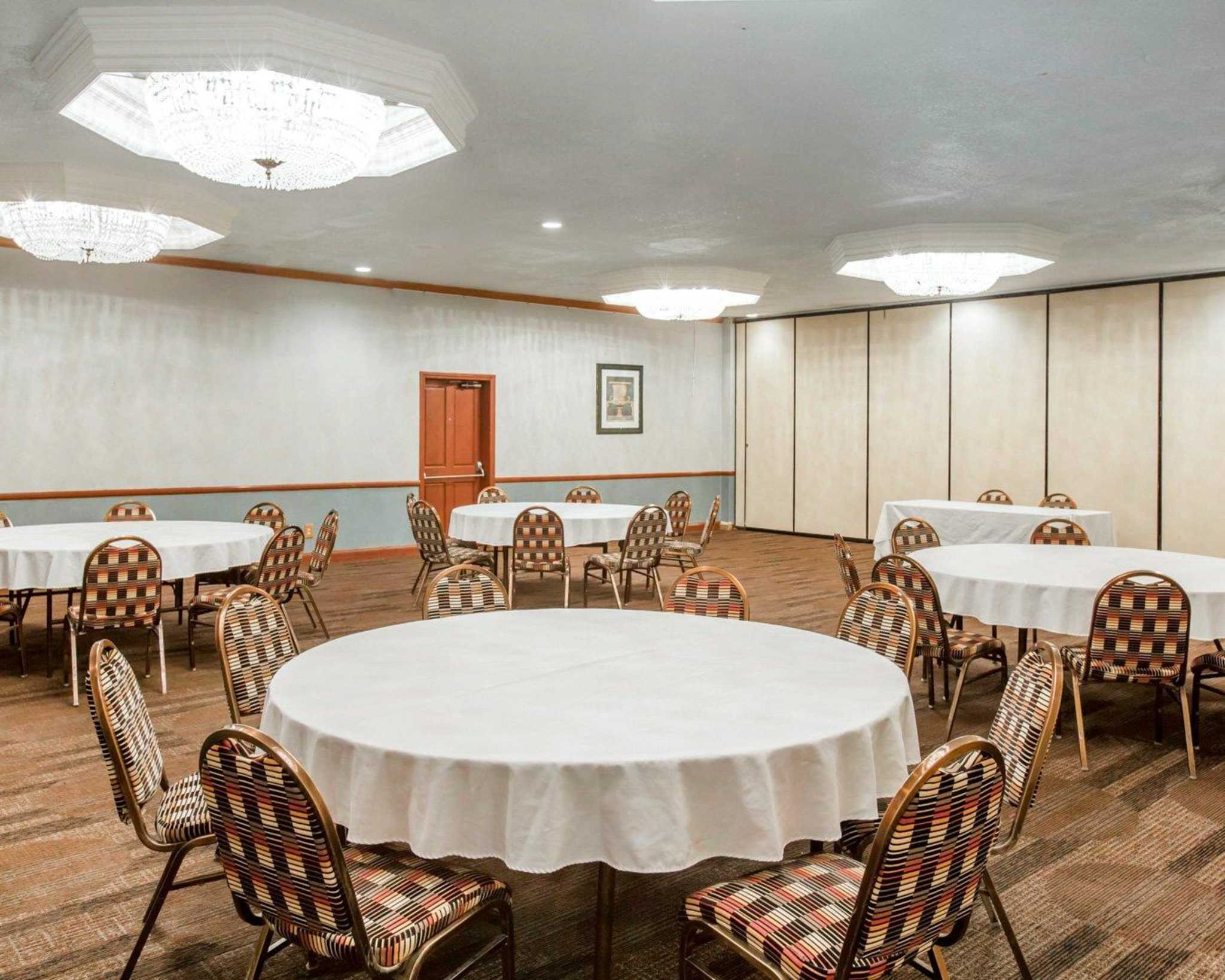 Clarion Inn Conference Center image 24