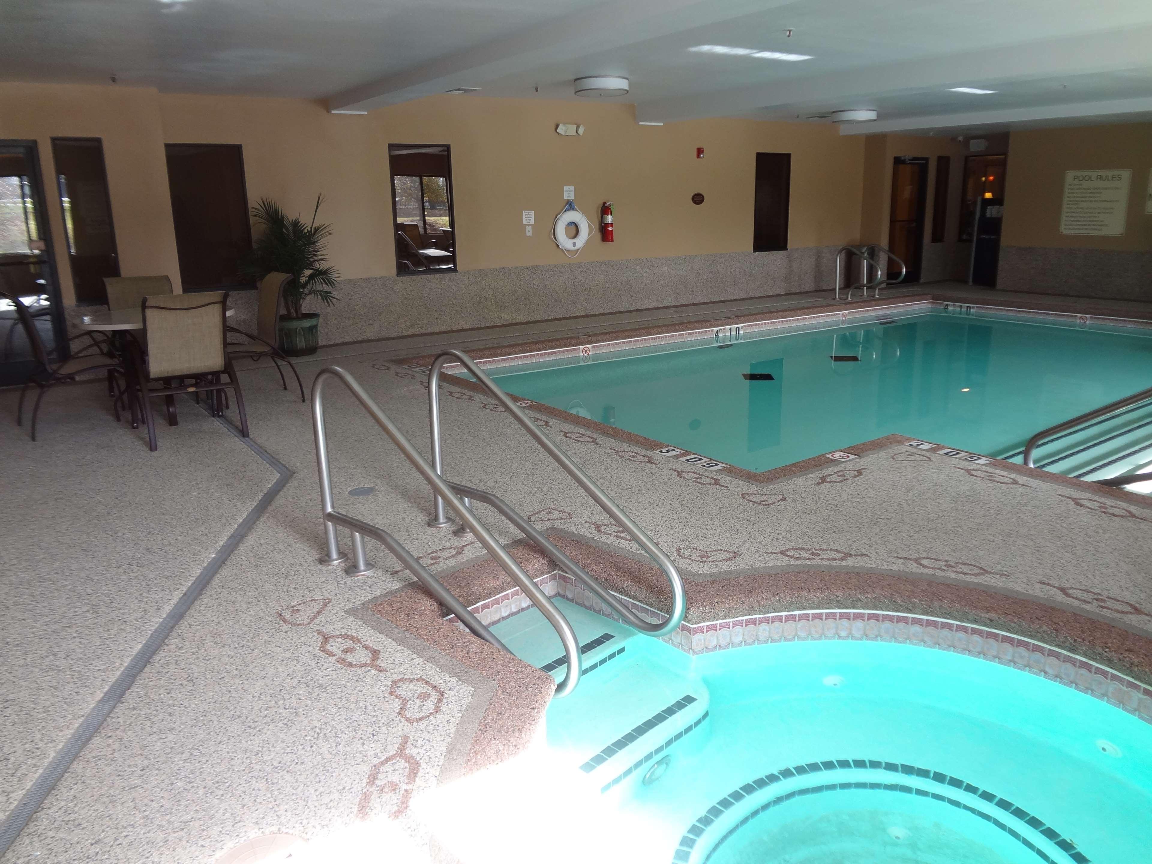 Best Western Plus Woodland Hills Hotel & Suites image 13