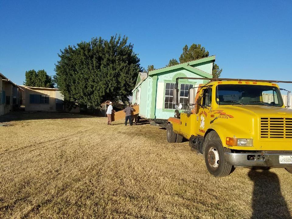 Baja Boyz Towing, Auto & Tire Repair image 0