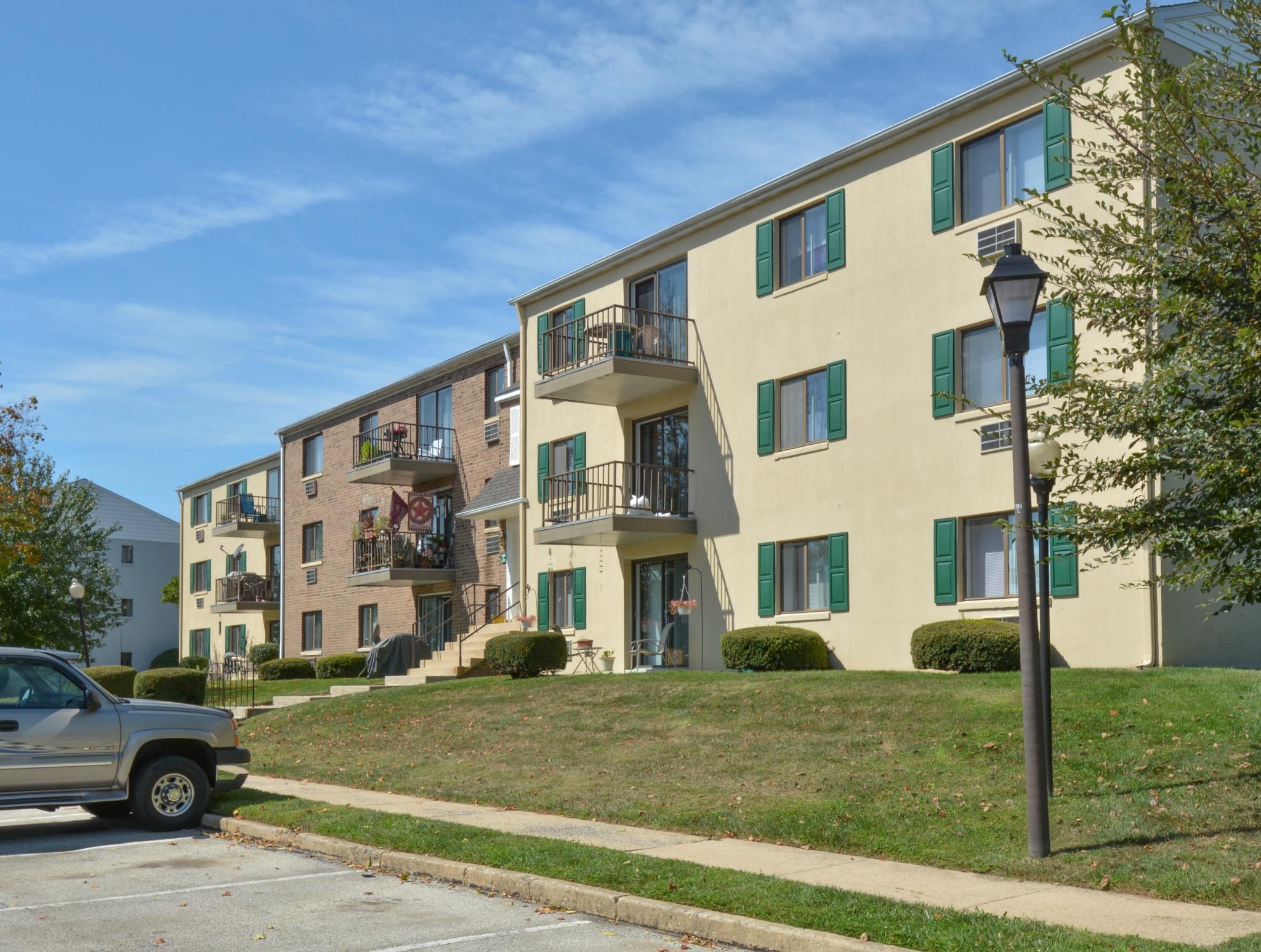 Norwood House Apartments image 8
