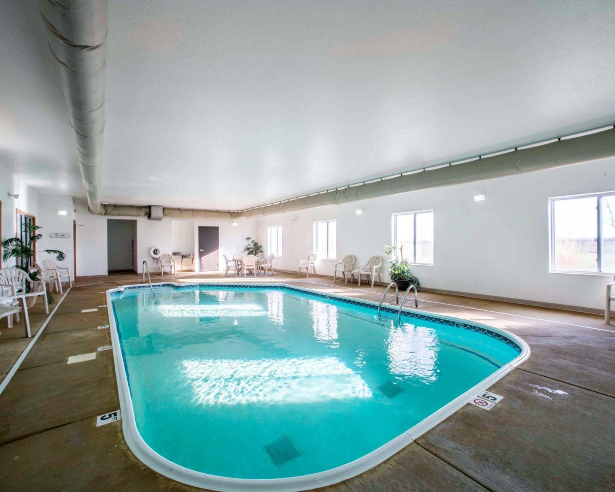 Comfort Inn & Suites Greenville I-70 image 24