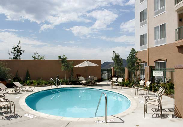 Courtyard by Marriott Ventura Simi Valley image 9