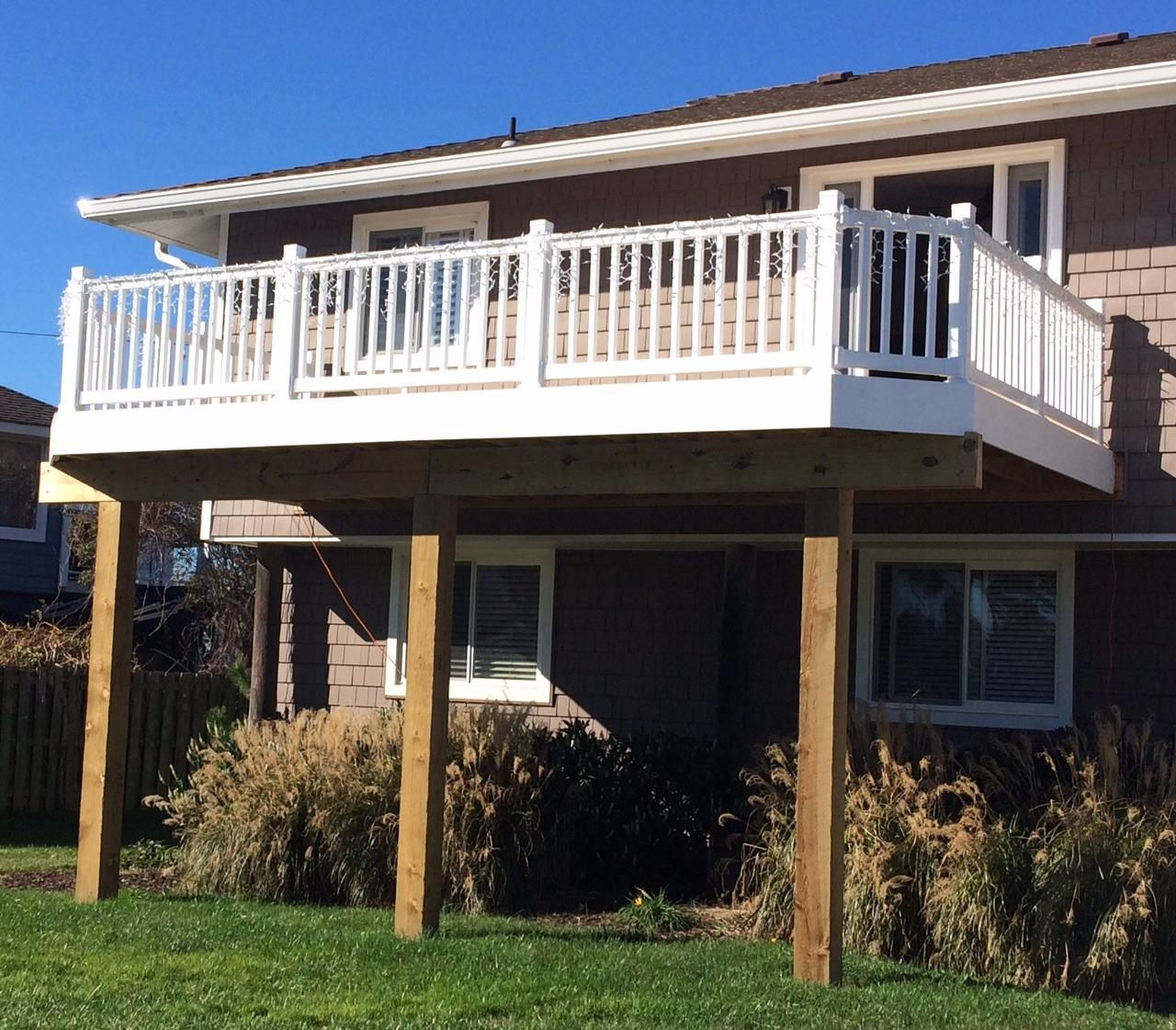 Beach House Decks: Decked Out Builders
