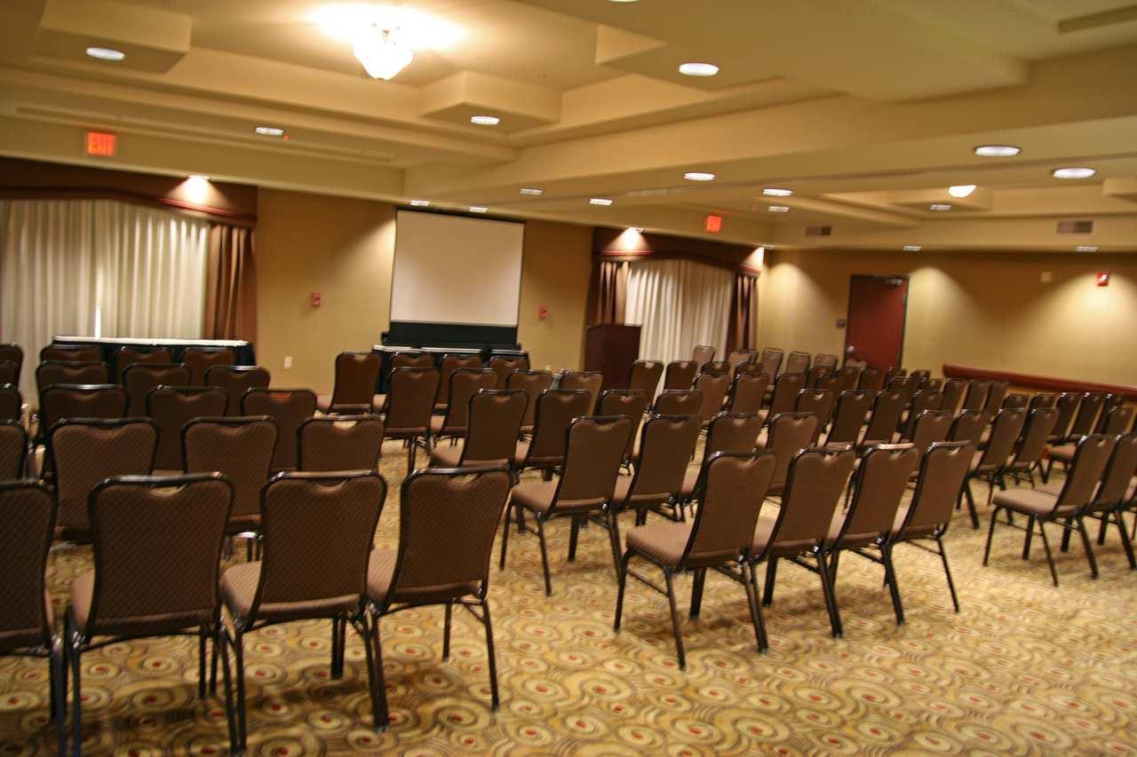 Hampton Inn & Suites Phoenix-Surprise image 7