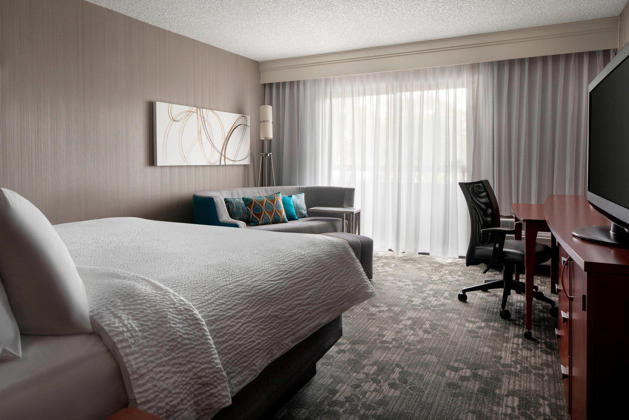 Courtyard by Marriott San Francisco Airport