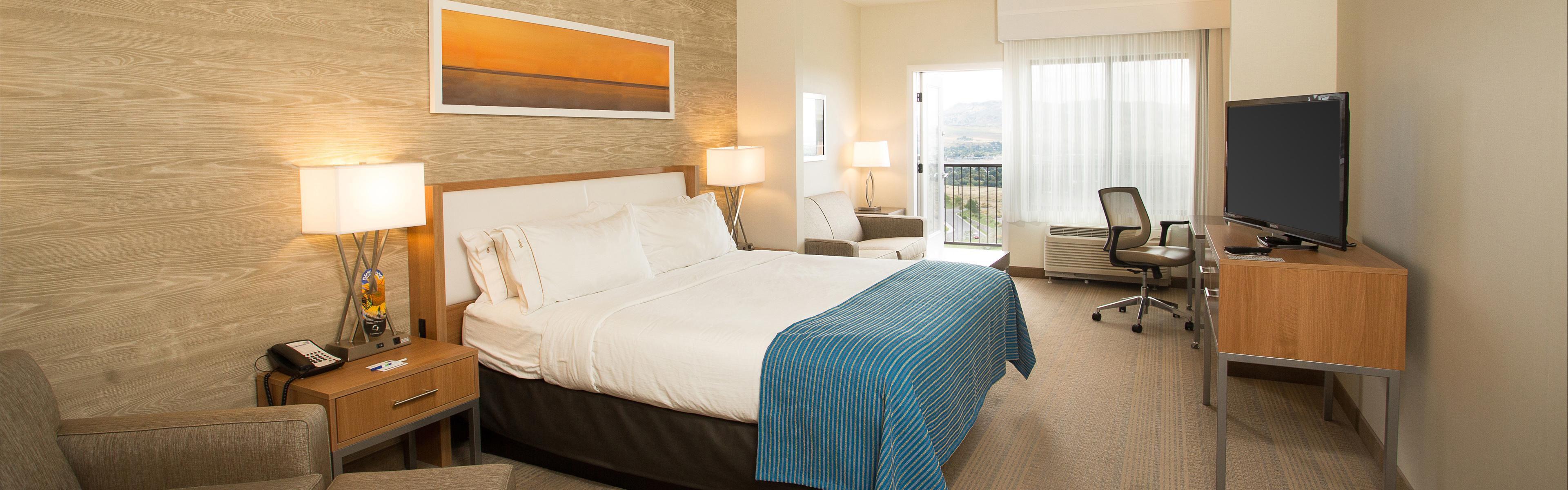 Holiday Inn Express & Suites Pocatello image 1