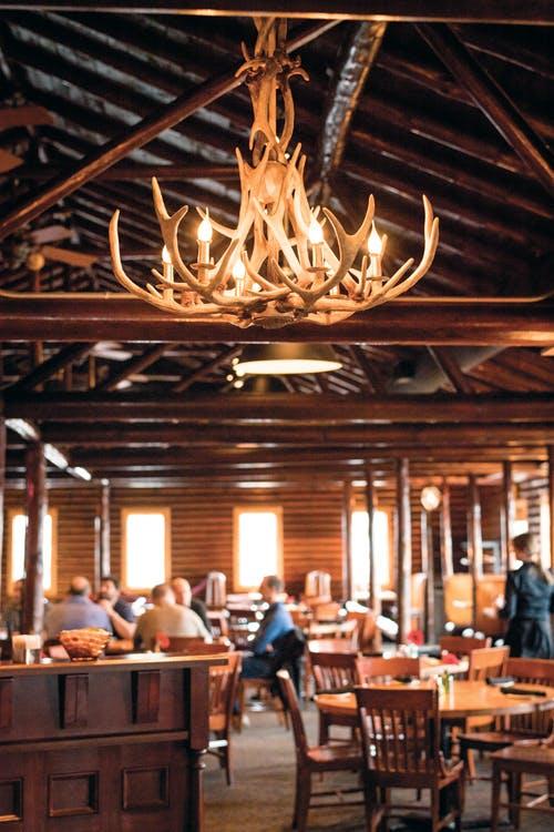 Karl's Cabin Restaurant & Banquet Center in Plymouth, MI 👍 image 0