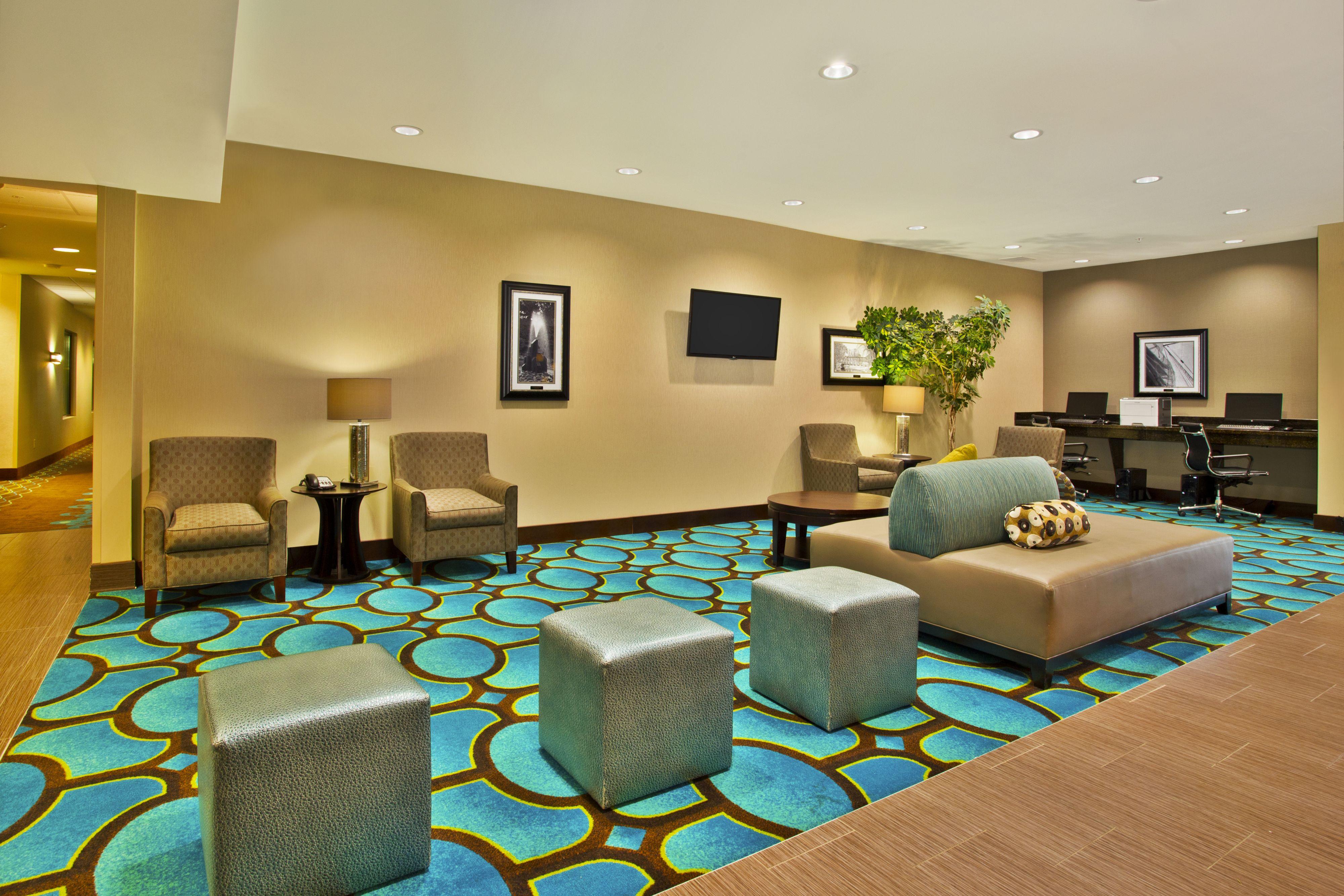Holiday Inn Express Hastings image 6