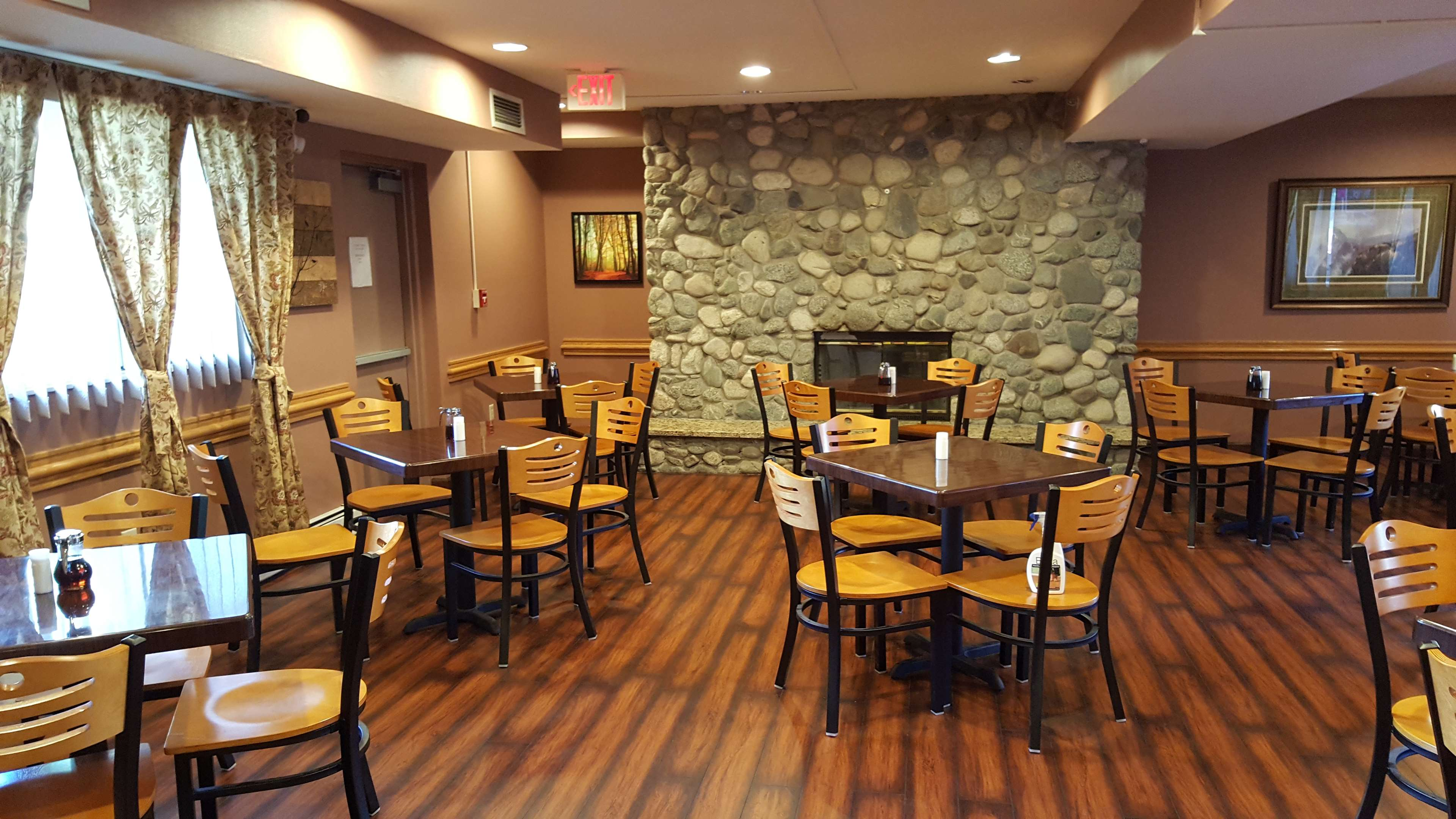 Americas Best Value Inn-Executive Suites / Airport Anchorage image 22