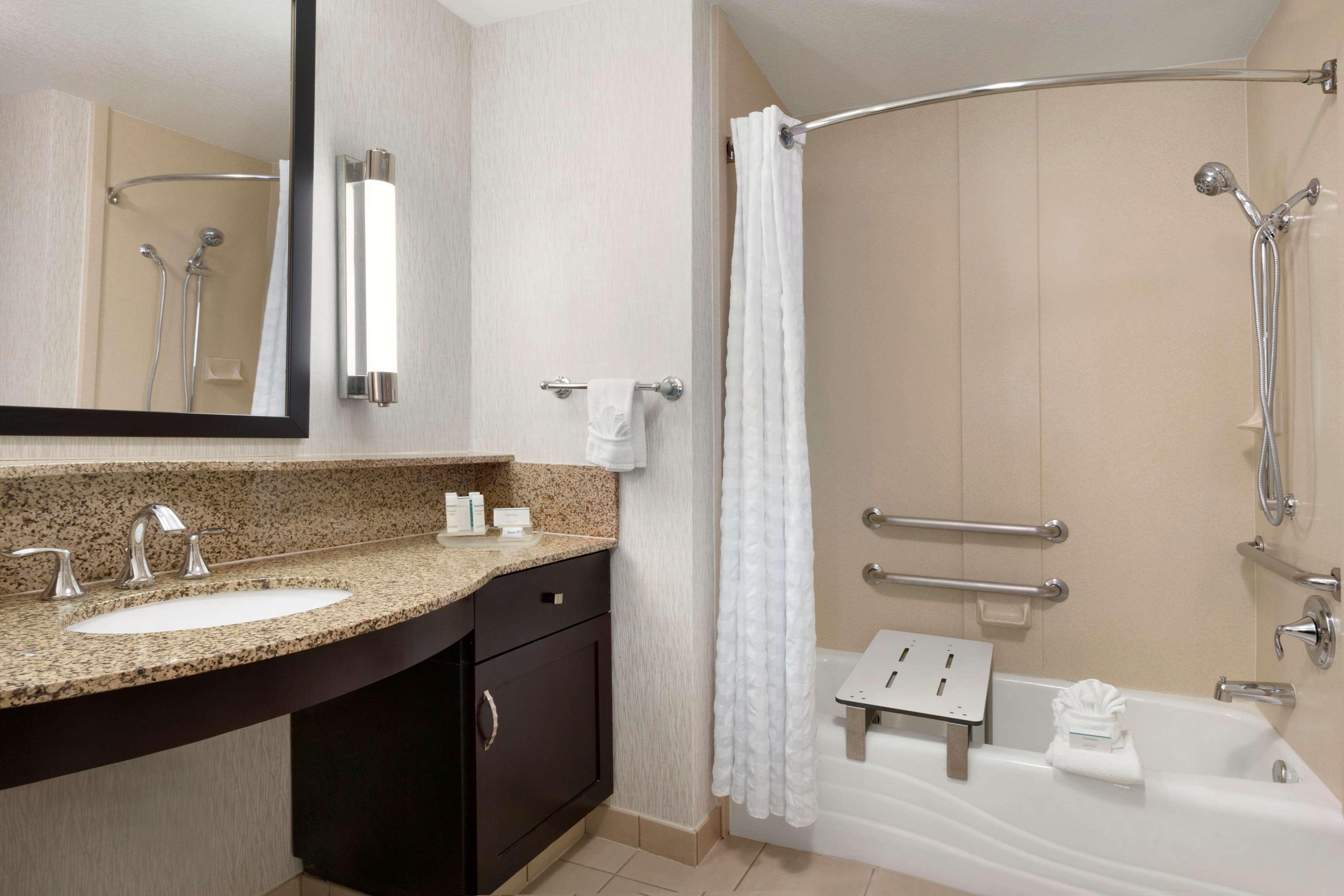 Homewood Suites by Hilton Plano-Richardson image 8