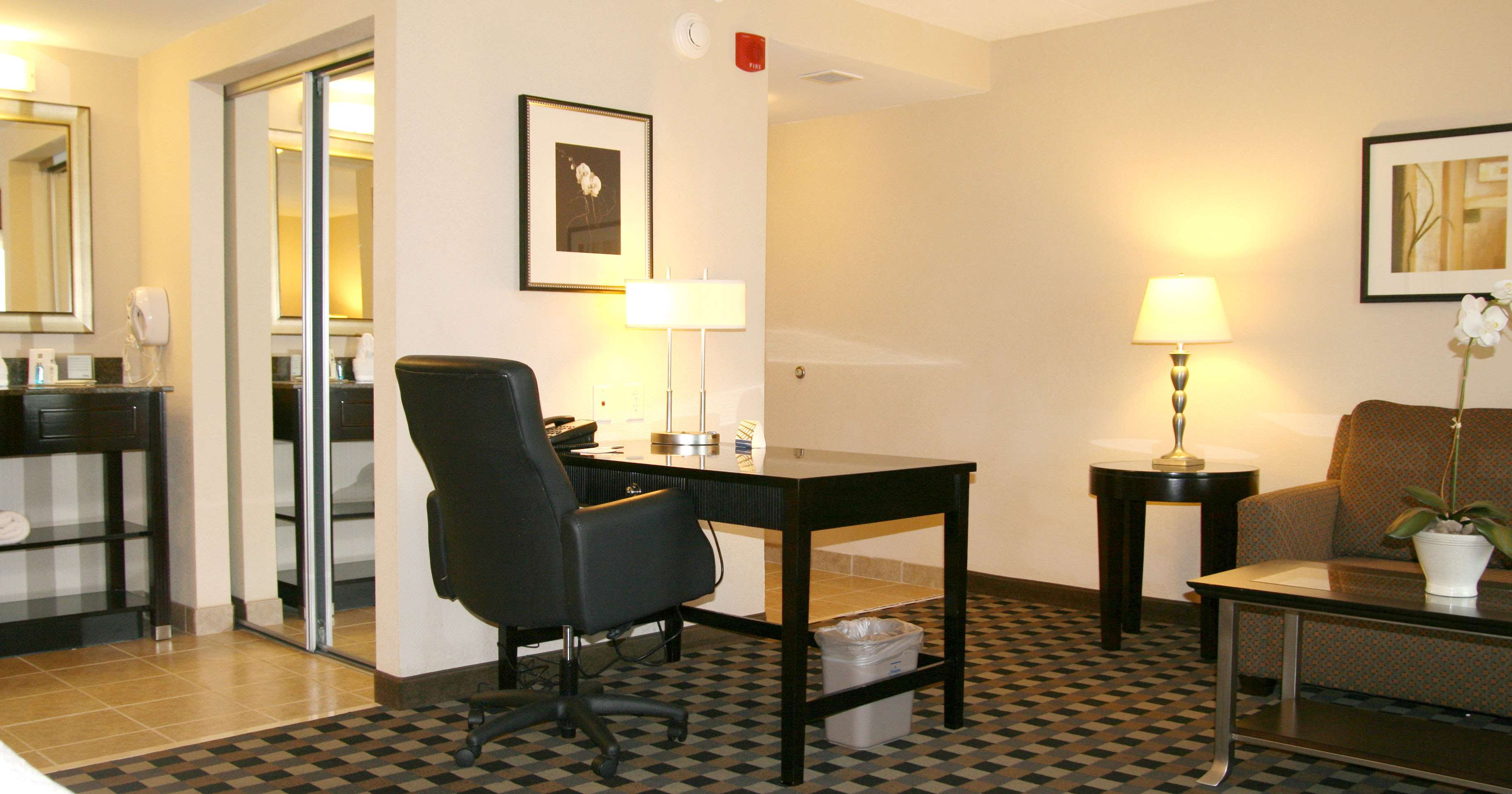 Hampton Inn & Suites Houston-Bush Intercontinental Aprt image 24
