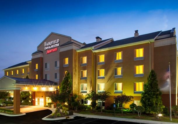 Fairfield inn suites by marriott atlanta mcdonough in for Hotels near atlanta motor speedway hampton ga