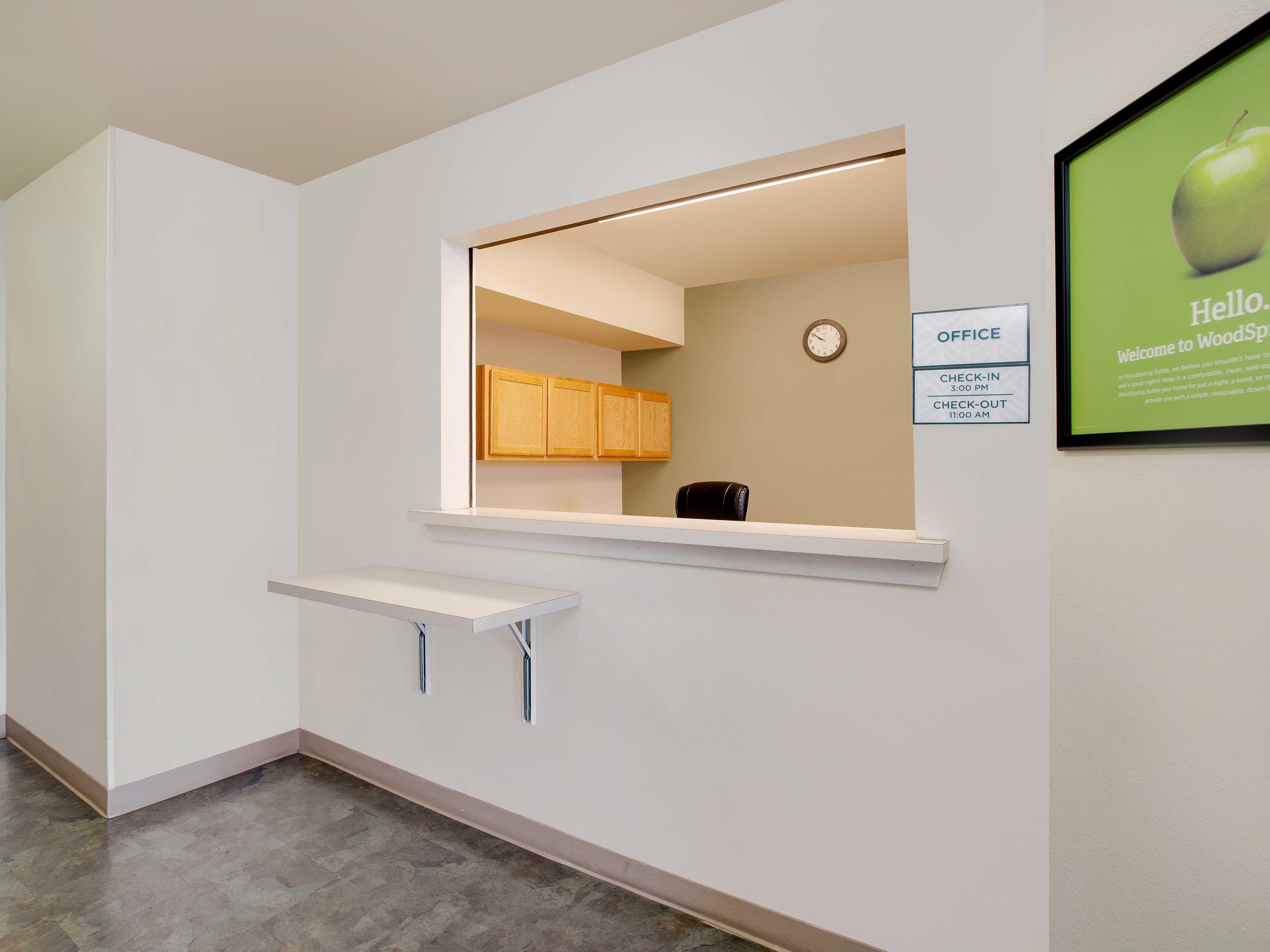 WoodSpring Suites Richmond West image 8