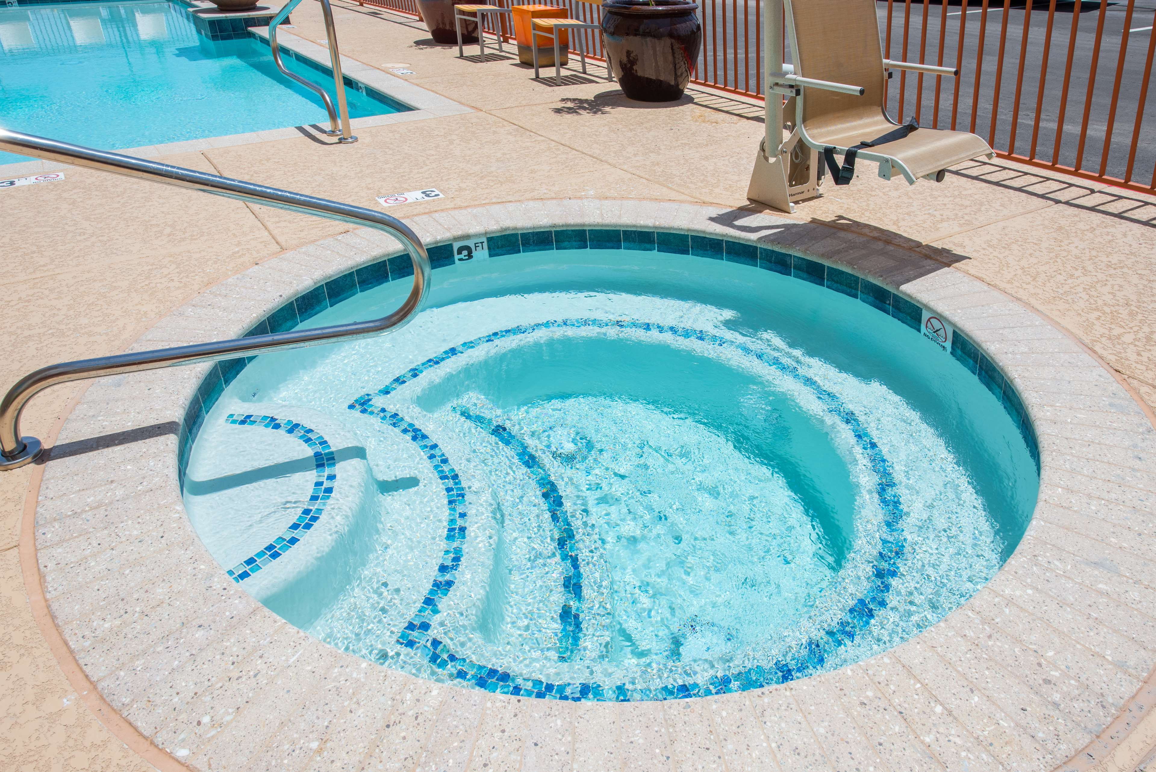 Hampton Inn & Suites Phoenix East Mesa image 6