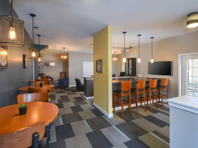 The Glen at Shawmont Station Apartment Homes image 3