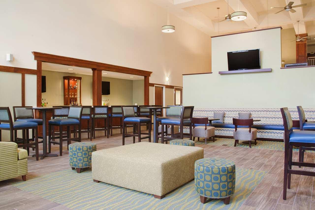 Hampton Inn & Suites Providence/Warwick-Airport image 20