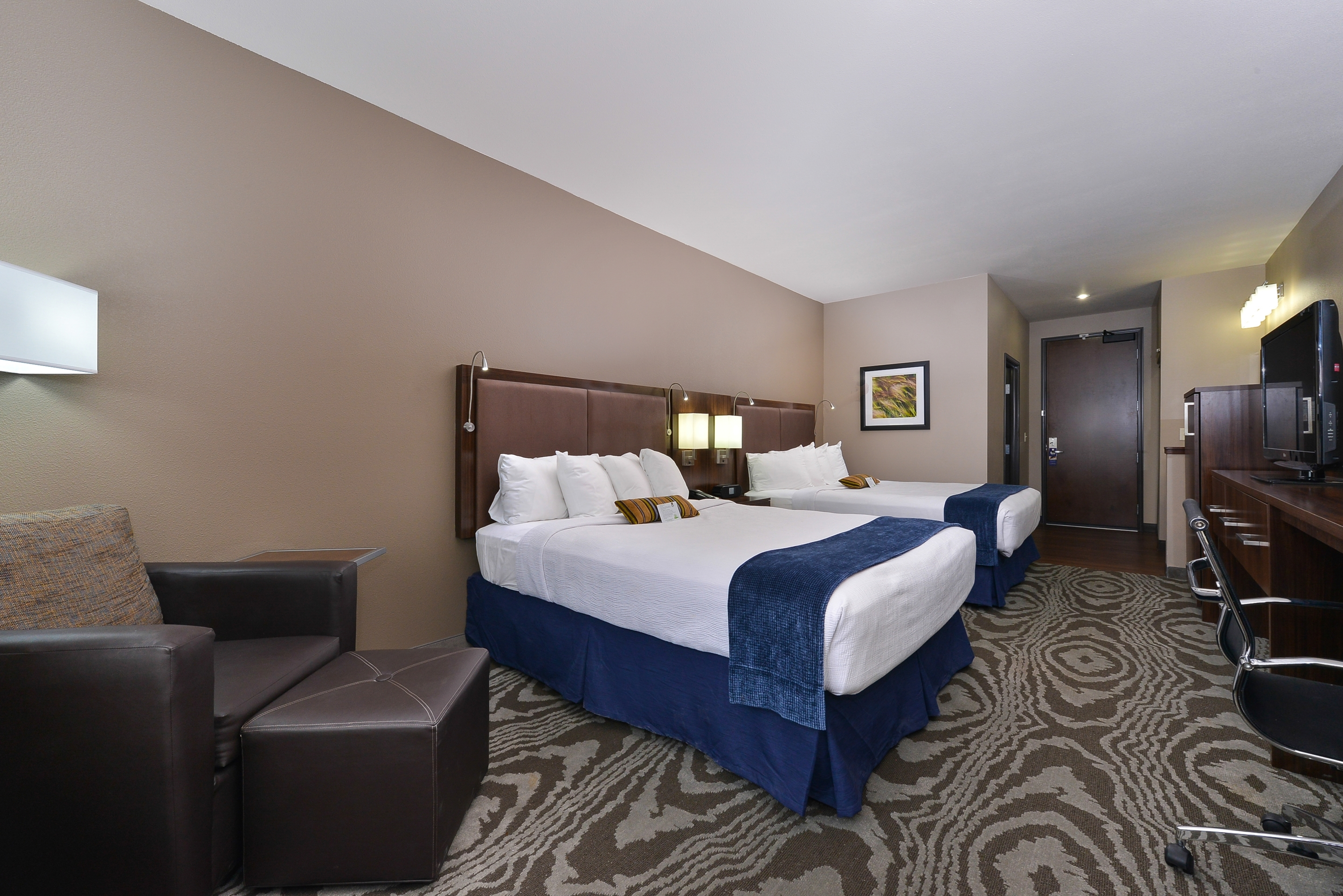 Best Western Plus Williston Hotel & Suites image 16