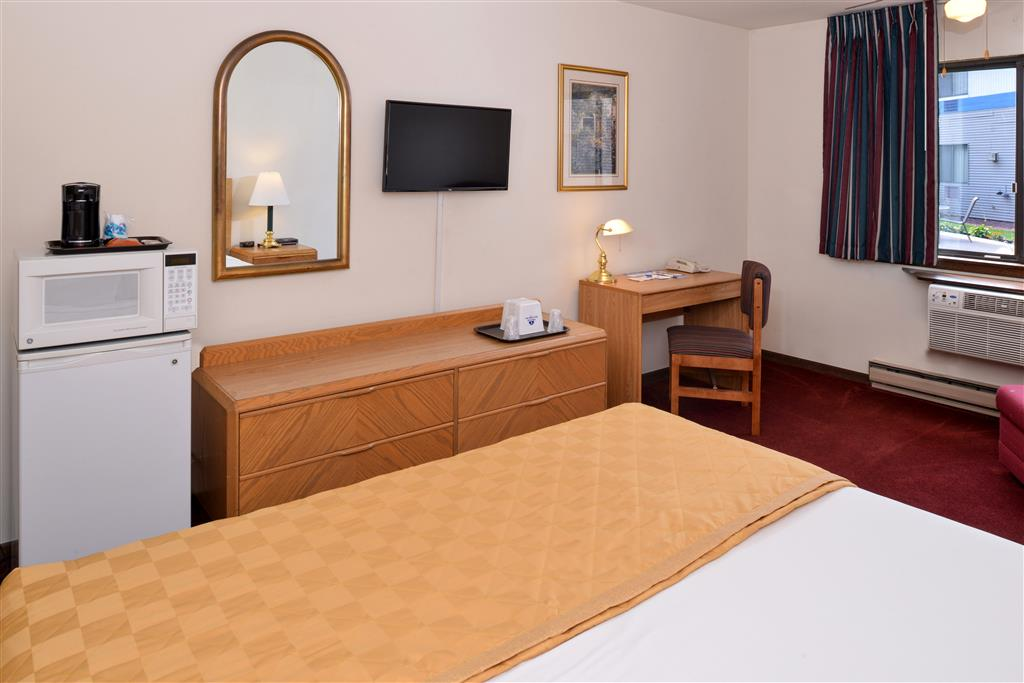 Americas Best Value Inn La Crosse image 19