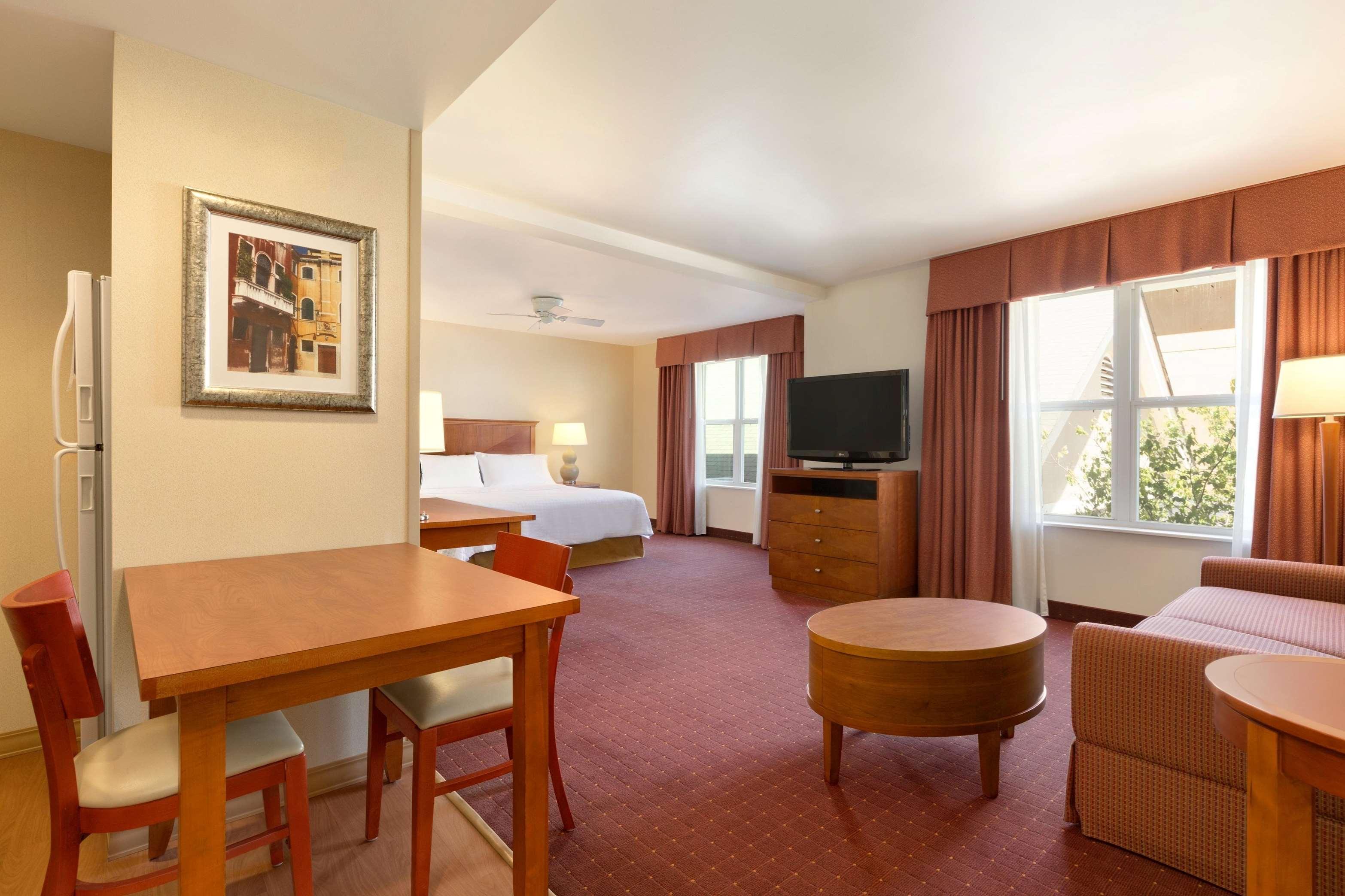 Homewood Suites by Hilton Dulles-North/Loudoun image 25
