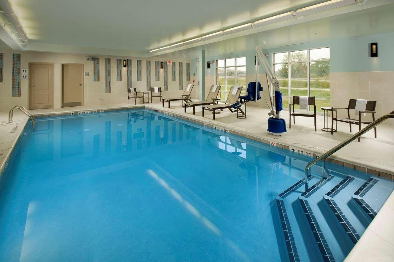 Hampton Inn & Suites Syracuse/Carrier Circle image 4