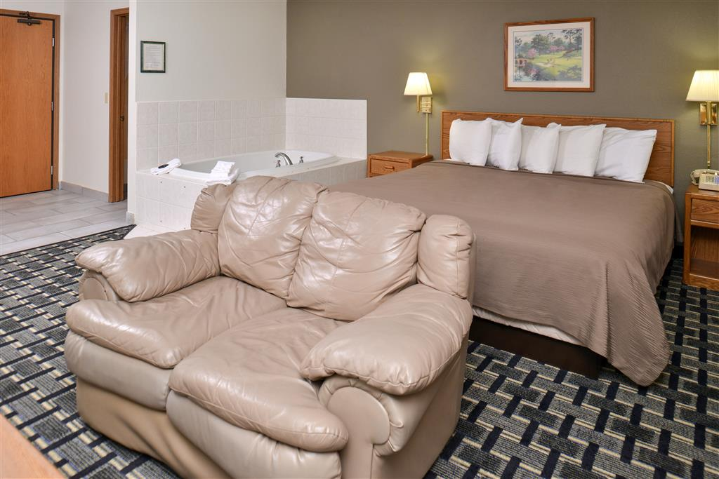Americas Best Value Inn & Suites Manchester image 5