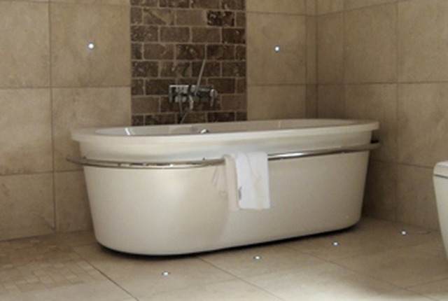 South yorkshire bathroom design ltd shower baths for Bathroom design ltd