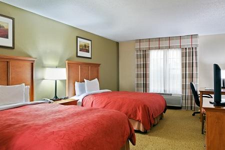 Country Inn & Suites by Radisson, Sycamore, IL image 3