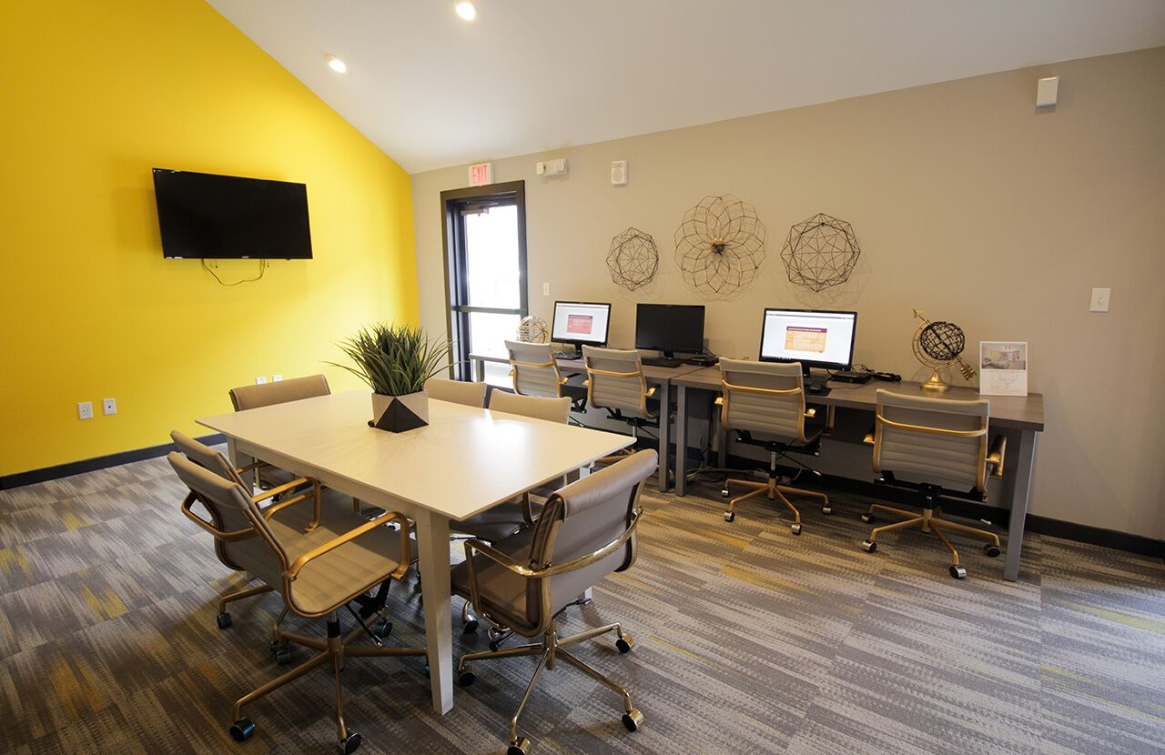 The Hub at Baton Rouge Apartment Homes image 31