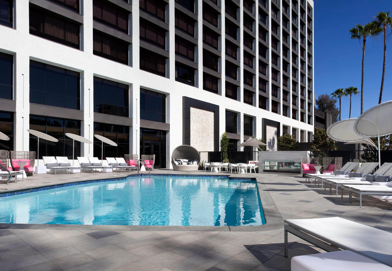 Beverly Hills Marriott image 17