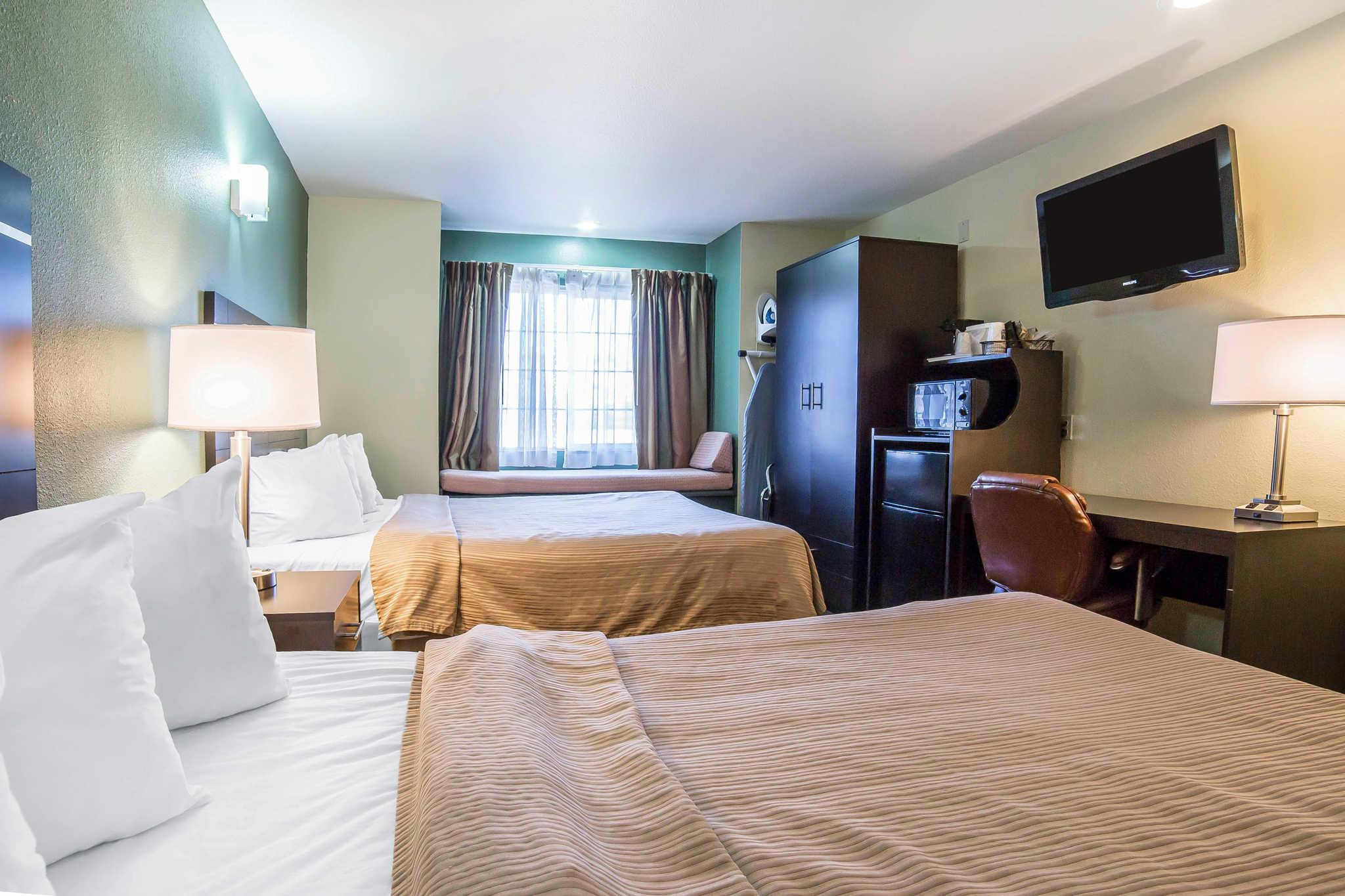 Quality Inn & Suites Elko image 15