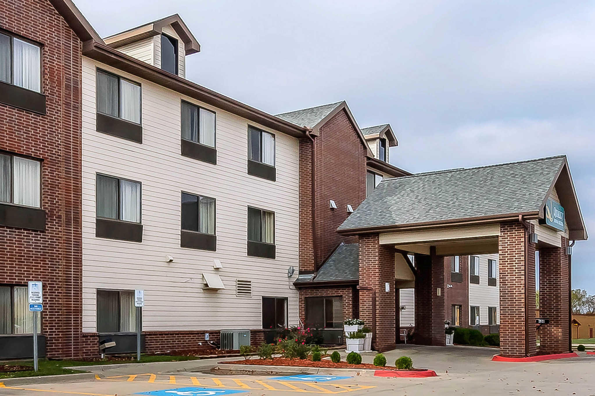 Hotel Traylor Reviews