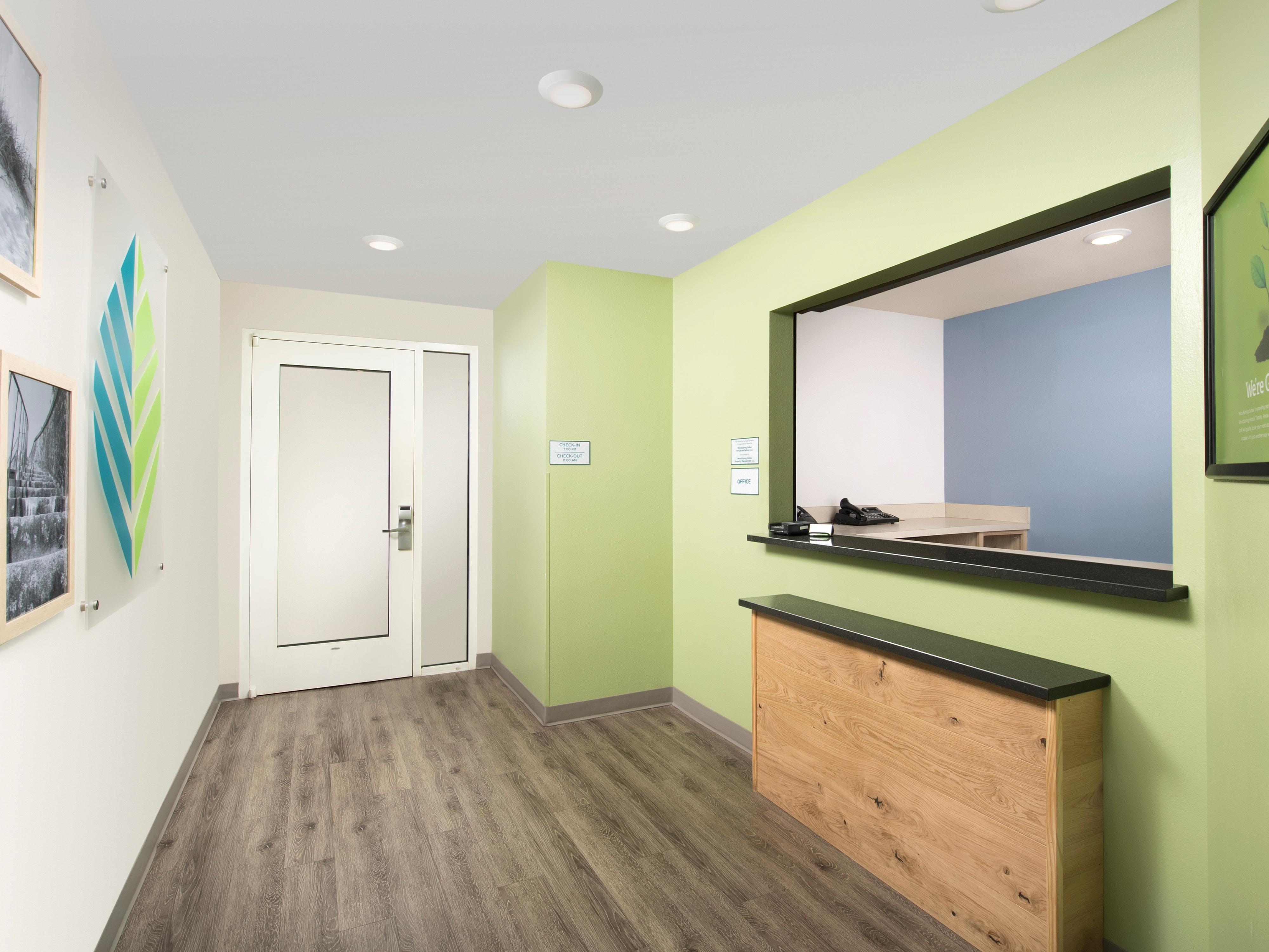 WoodSpring Suites Pensacola Northeast image 25