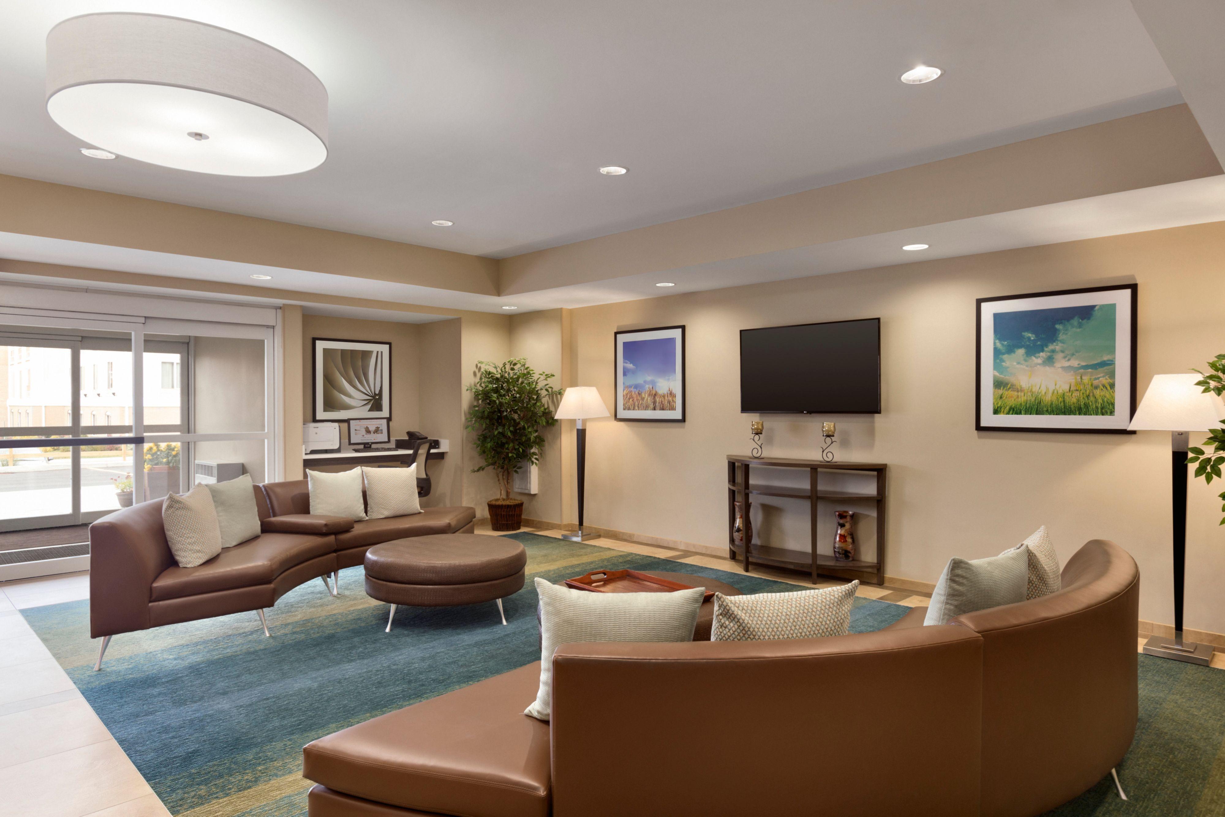 Candlewood Suites Vestal - Binghamton image 3