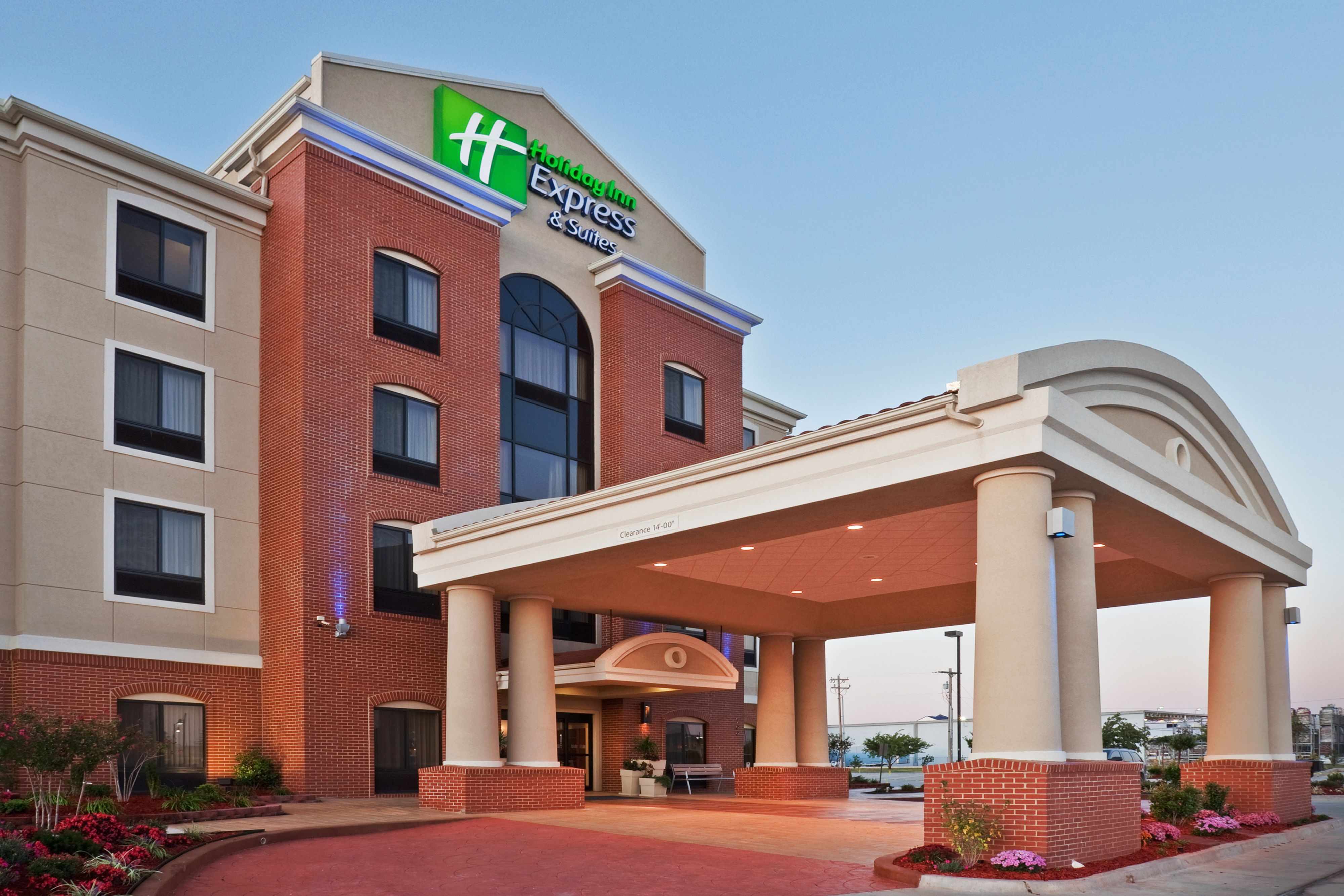 Holiday Inn Express & Suites Oklahoma City Nw-Quail Springs image 5