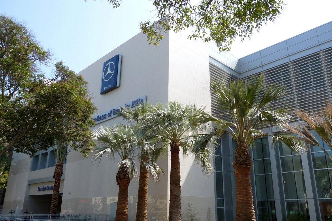 Mercedes-Benz of Beverly Hills image 17