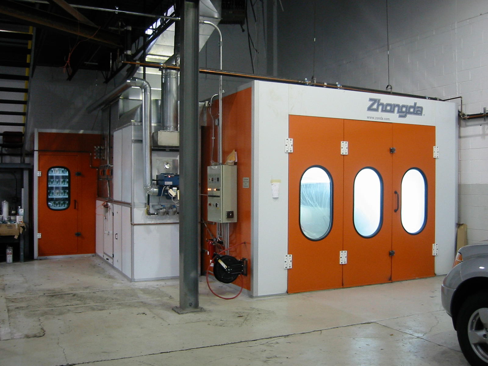 Centerline Spraybooths image 1