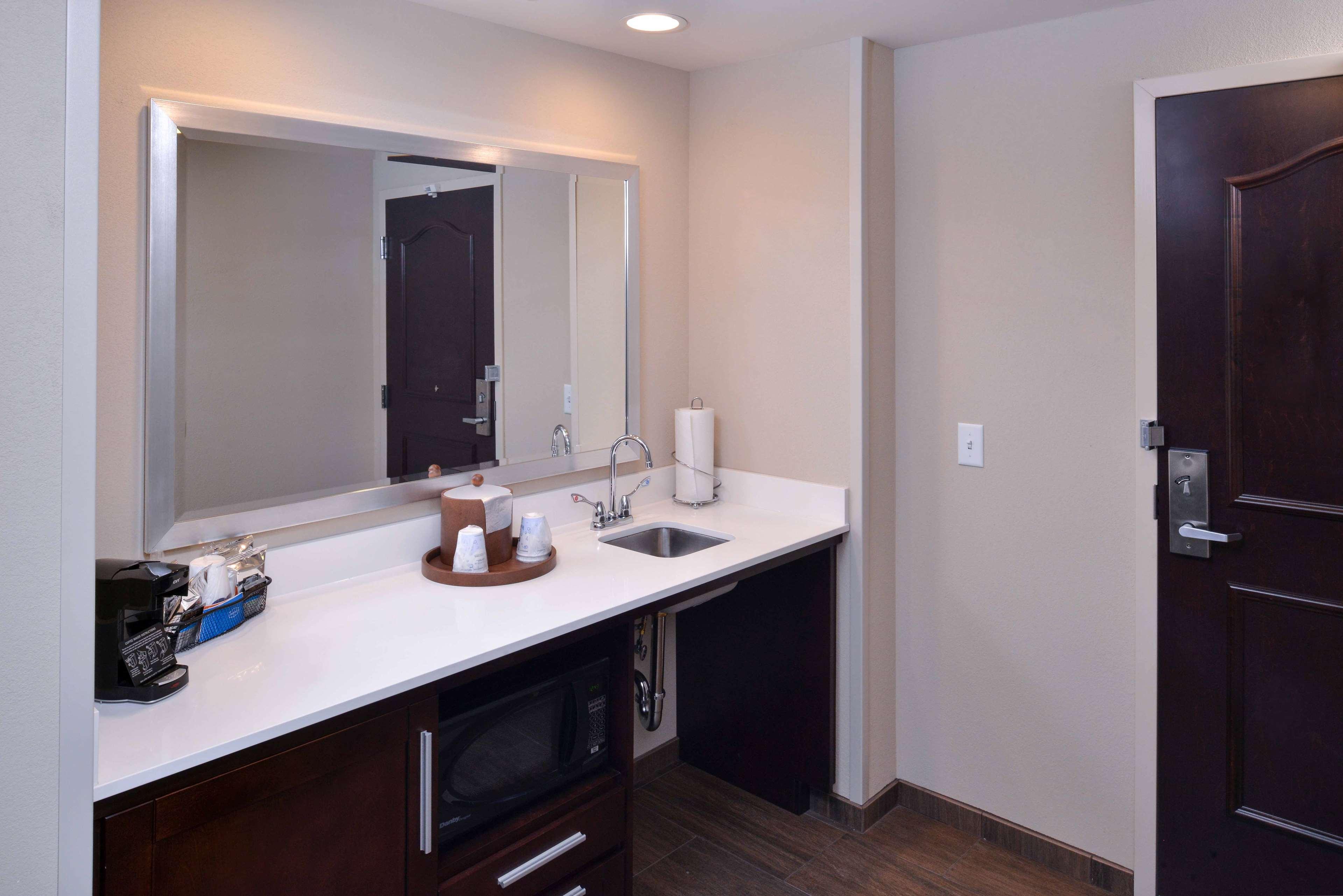 Hampton Inn & Suites Mount Joy/Lancaster West image 32