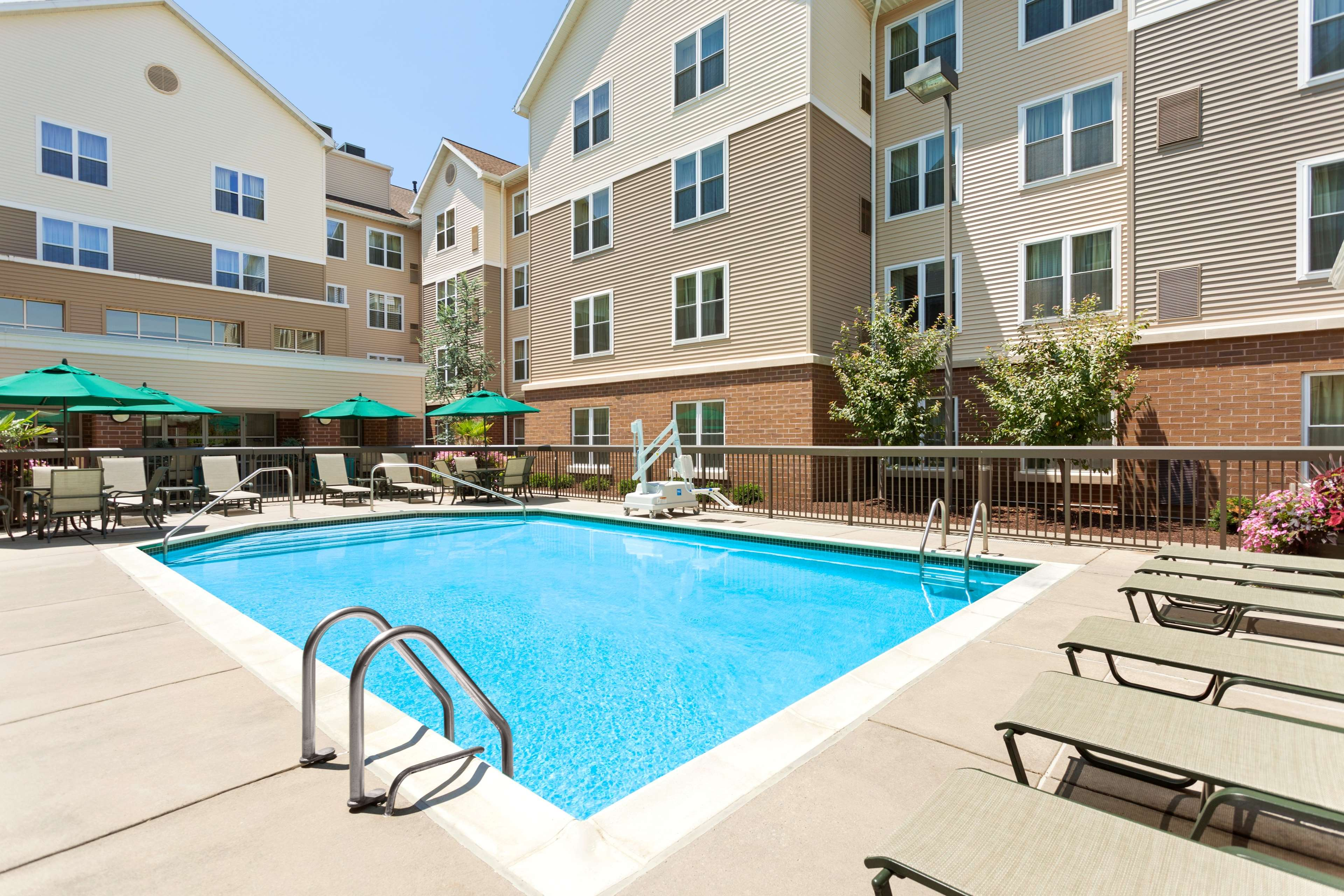 Homewood Suites by Hilton Reading image 5