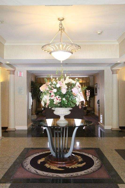Best Western Plus Hannaford Inn & Suites image 6