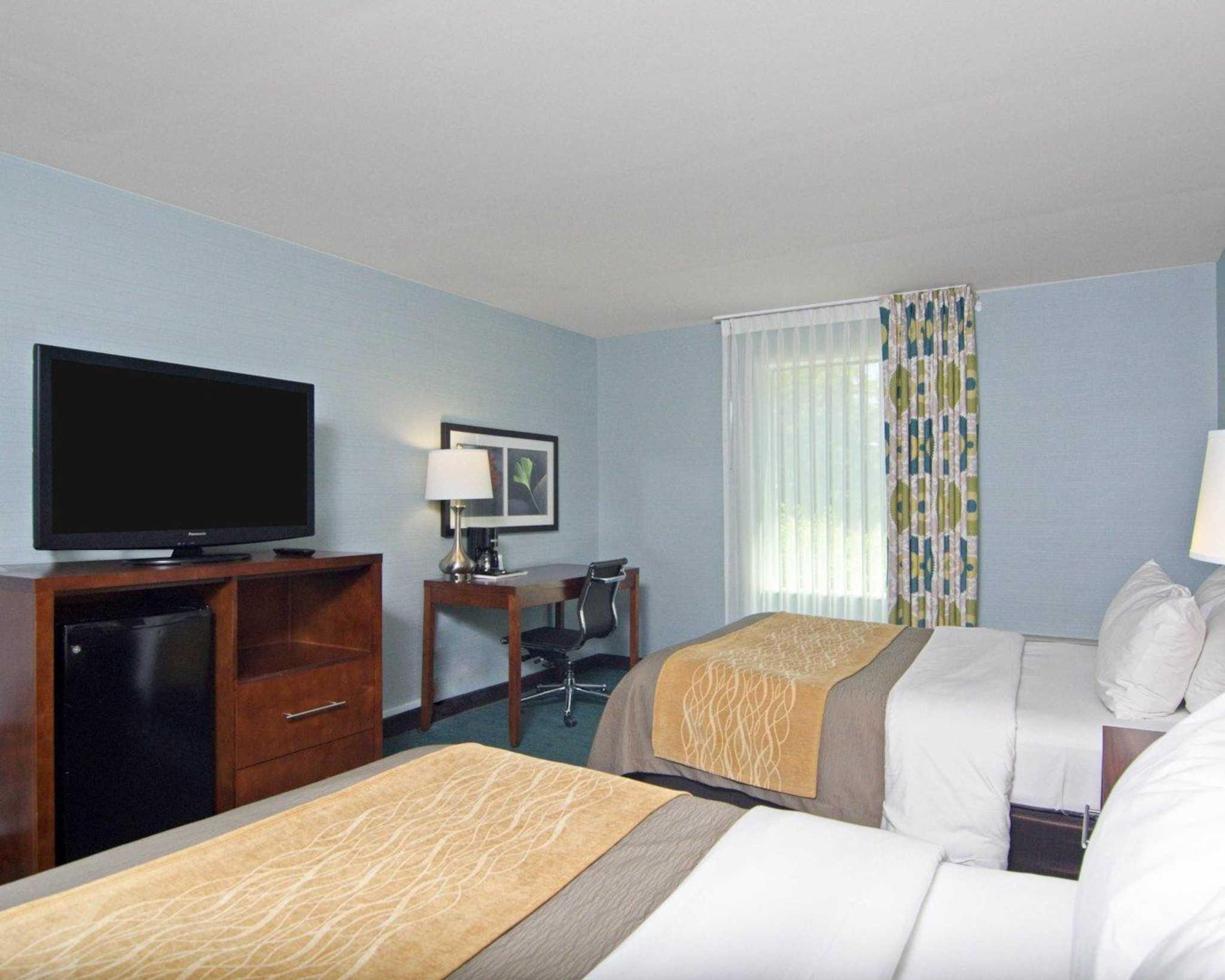 Comfort Inn Monticello image 8
