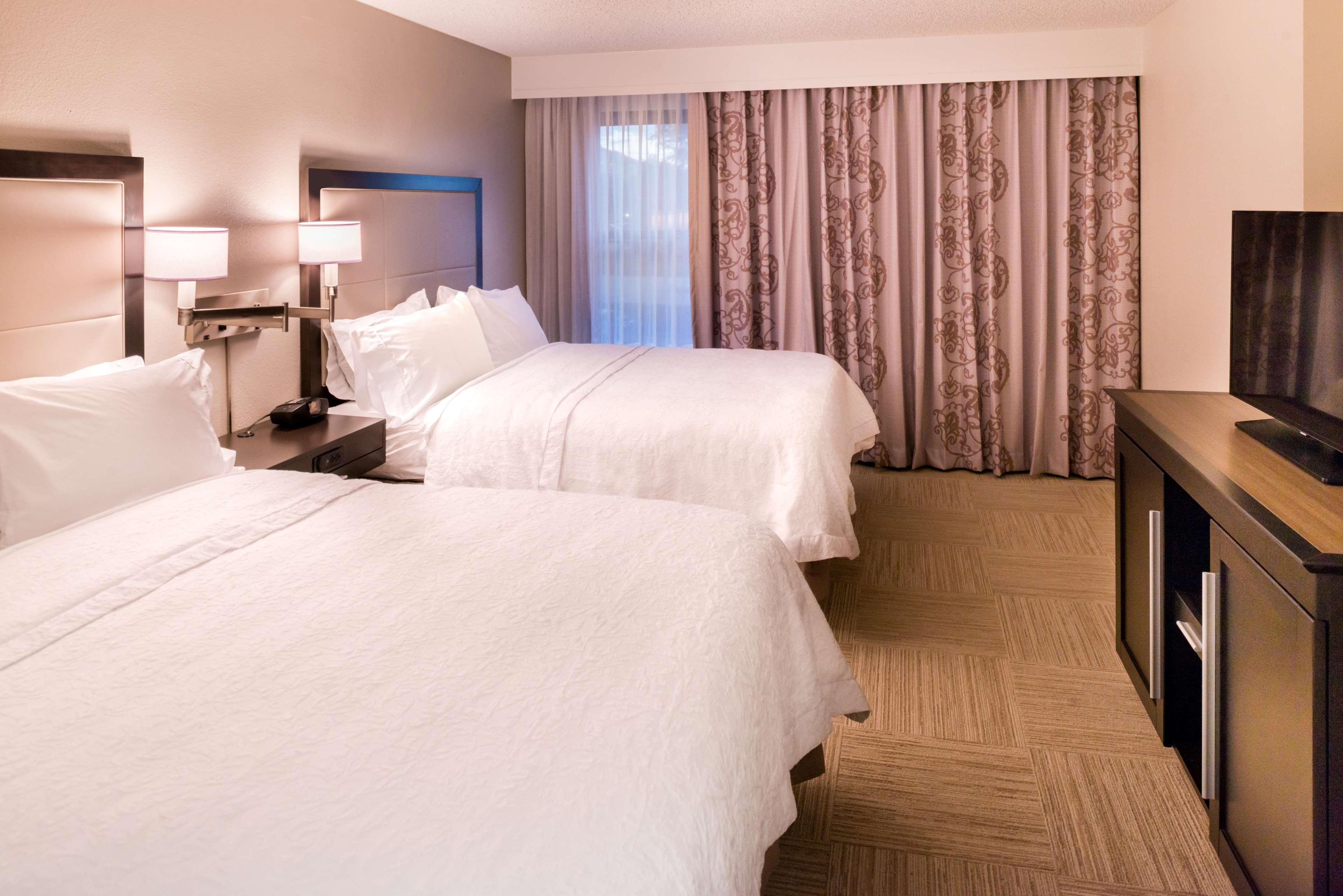 Hampton Inn & Suites Orlando/East UCF Area image 25