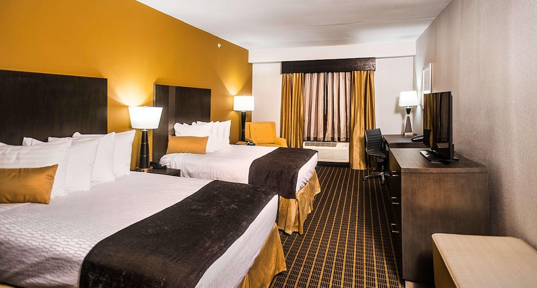 Best Western Plus Lampasas Inn & Suites image 4