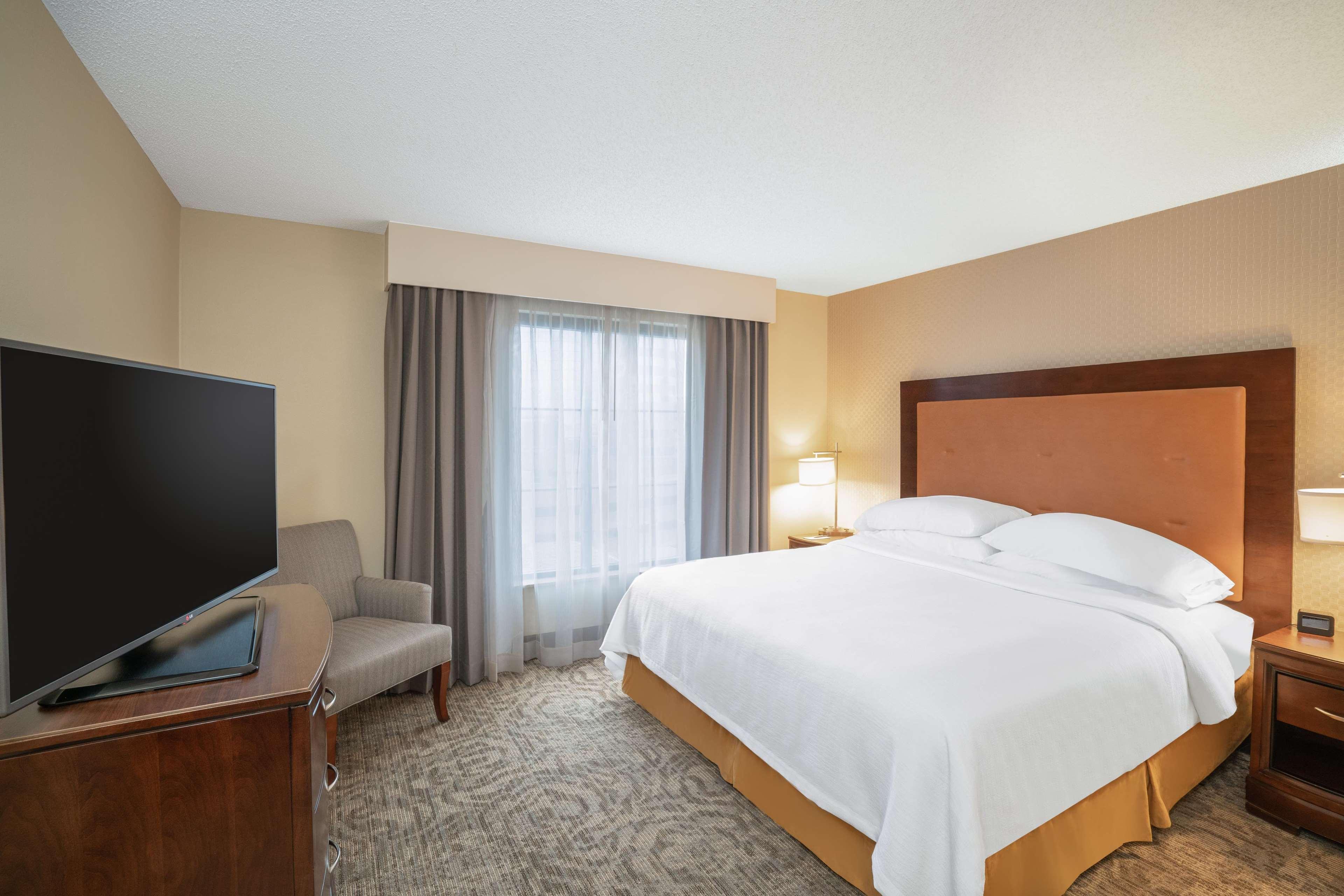 Embassy Suites by Hilton Nashville at Vanderbilt image 47