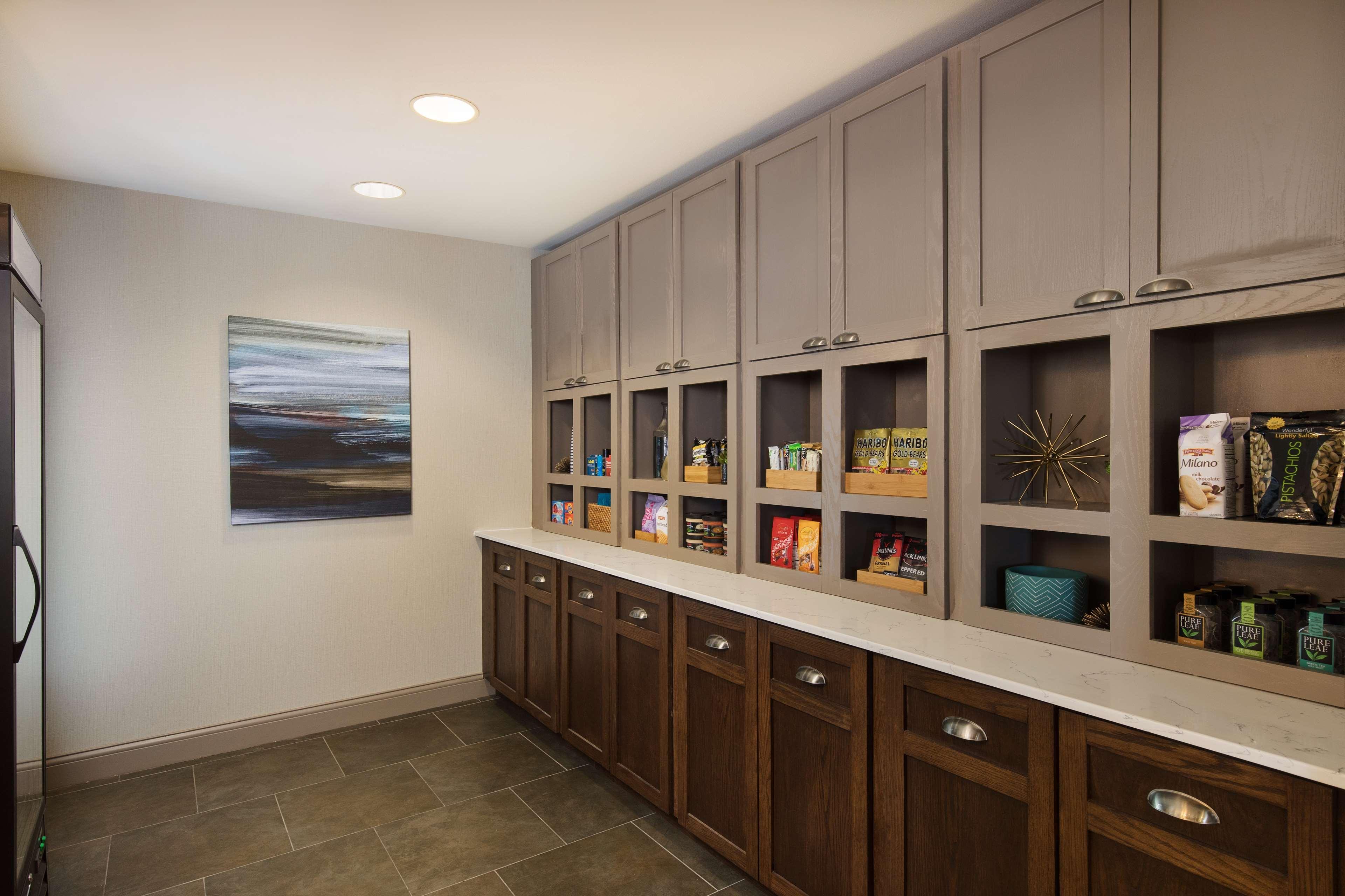 Homewood Suites by Hilton Lubbock image 10